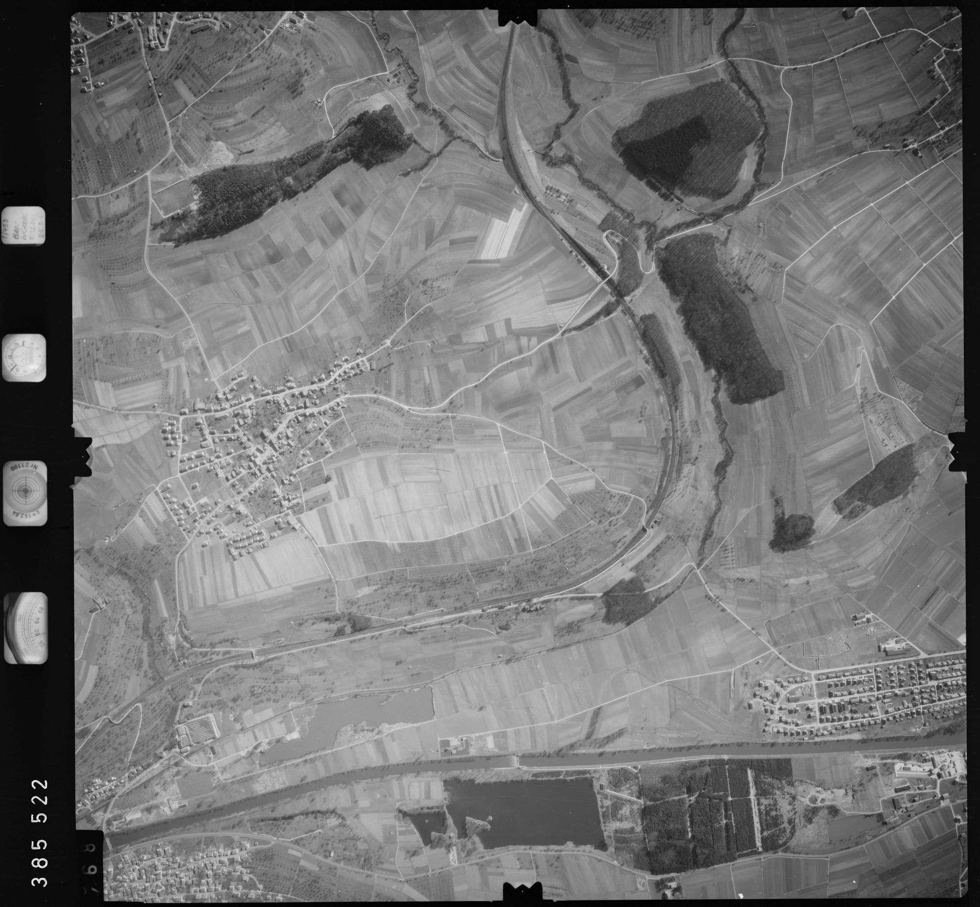 Luftbild: Film 23 Bildnr. 467, Bild 1