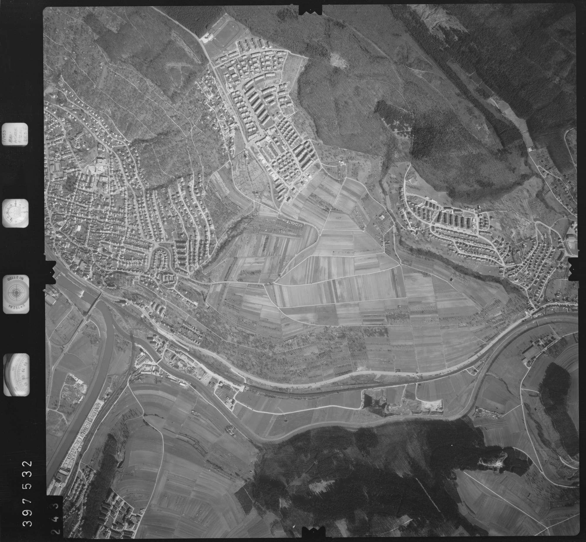 Luftbild: Film 17 Bildnr. 243, Bild 1