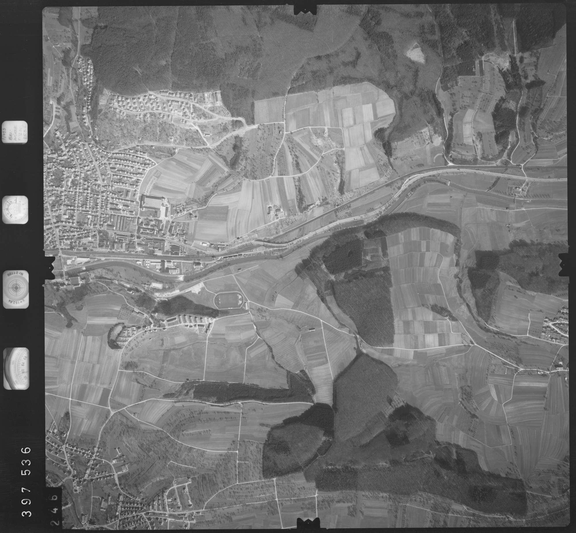 Luftbild: Film 17 Bildnr. 246, Bild 1