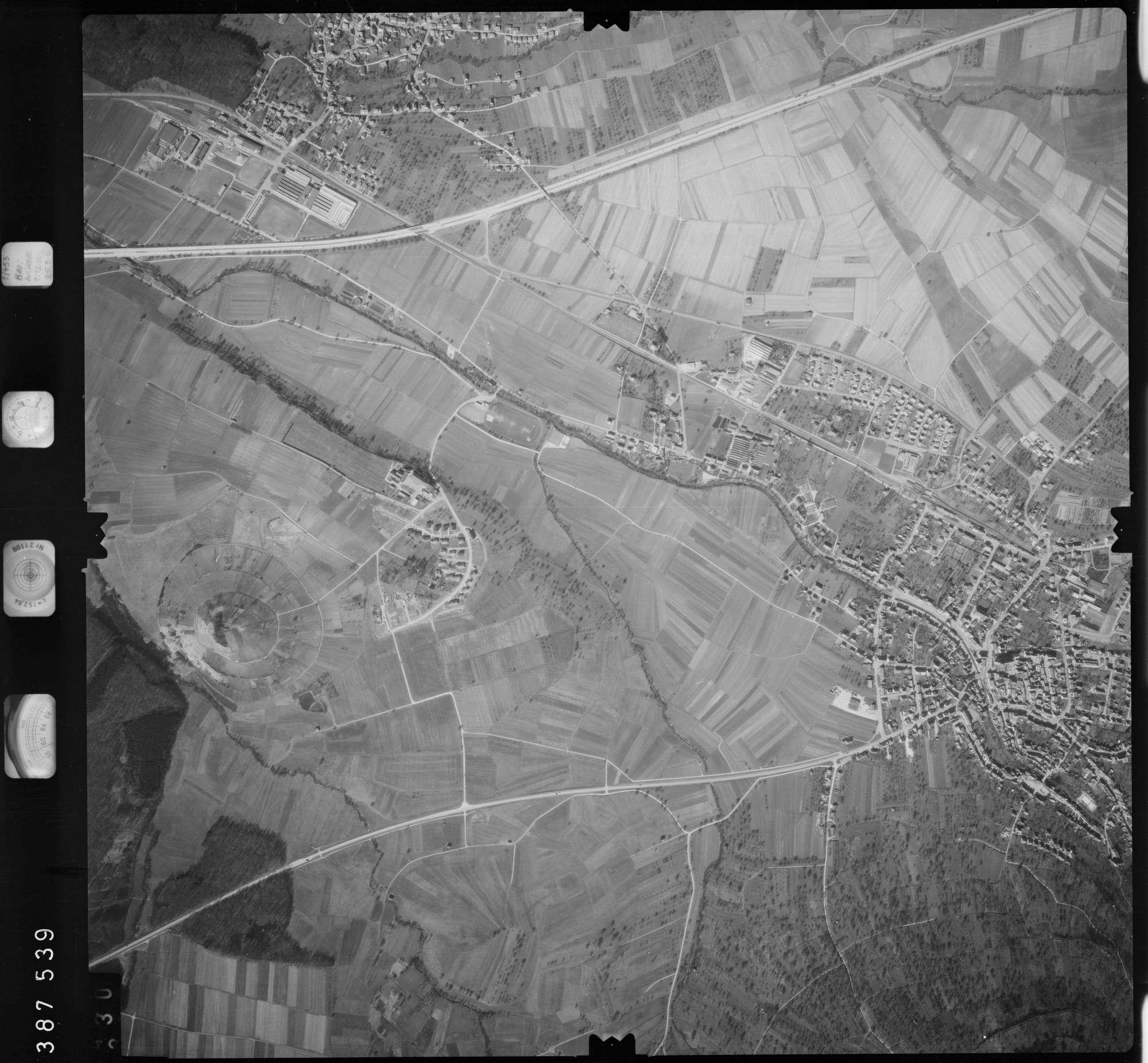 Luftbild: Film 23 Bildnr. 329, Bild 1