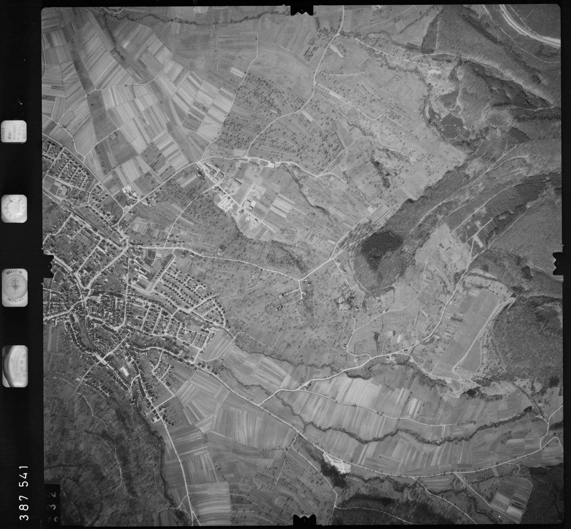 Luftbild: Film 23 Bildnr. 331, Bild 1