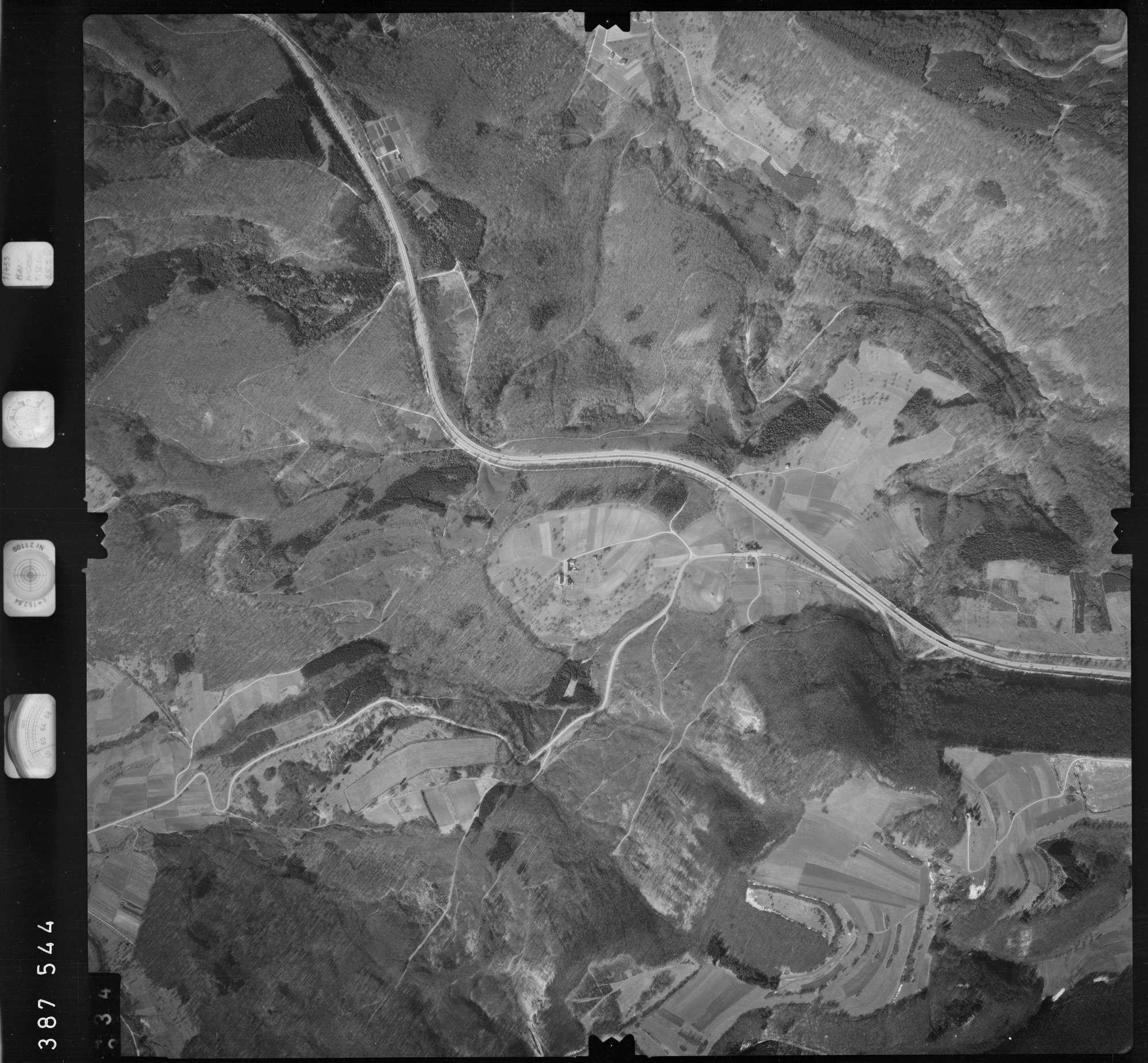 Luftbild: Film 23 Bildnr. 333, Bild 1