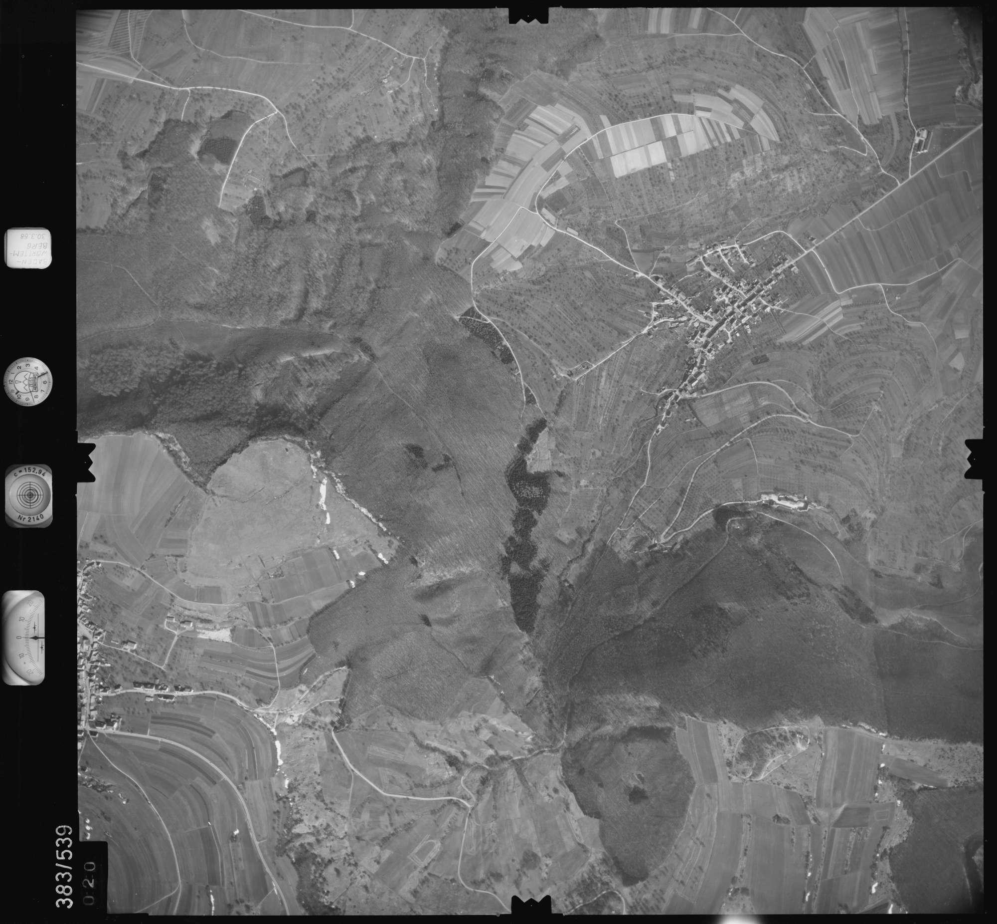 Luftbild: Film 27 Bildnr. 20, Bild 1