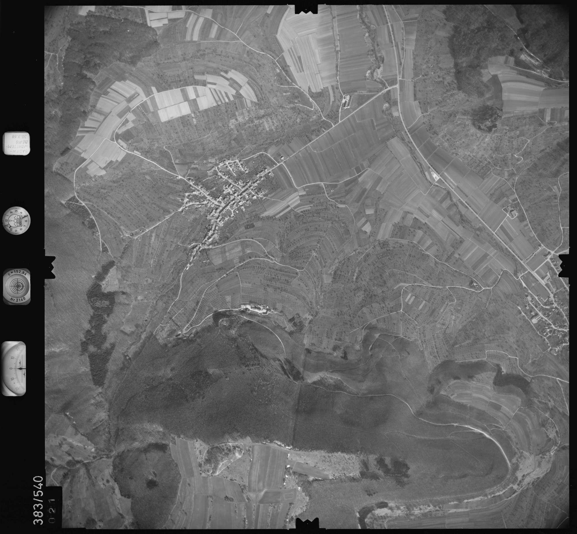 Luftbild: Film 27 Bildnr. 21, Bild 1