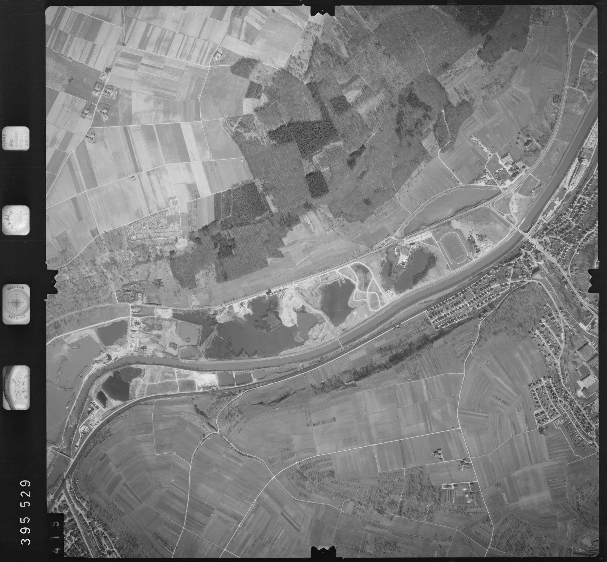 Luftbild: Film 13 Bildnr. 419, Bild 1