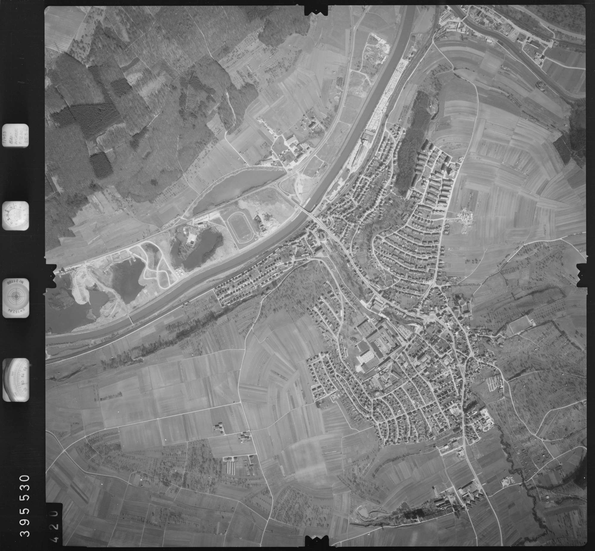 Luftbild: Film 13 Bildnr. 420, Bild 1