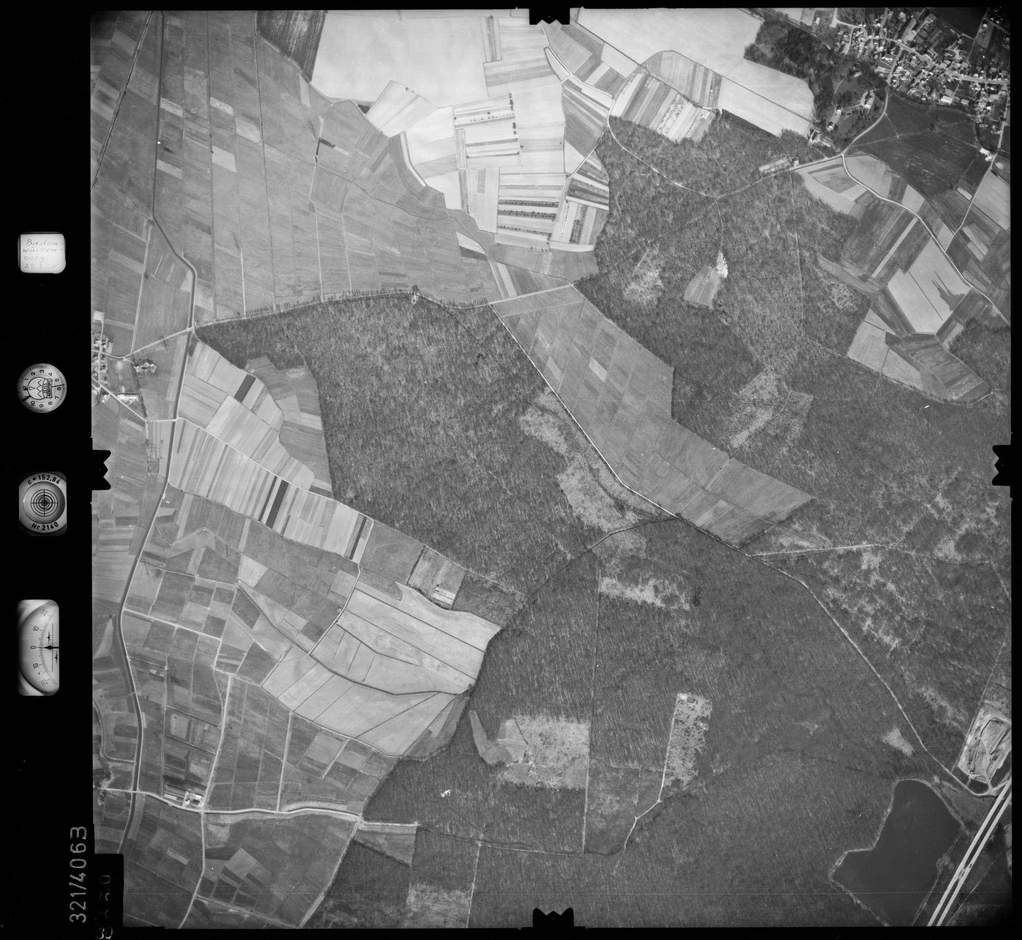 Luftbild: Film 54 Bildnr. 30, Bild 1