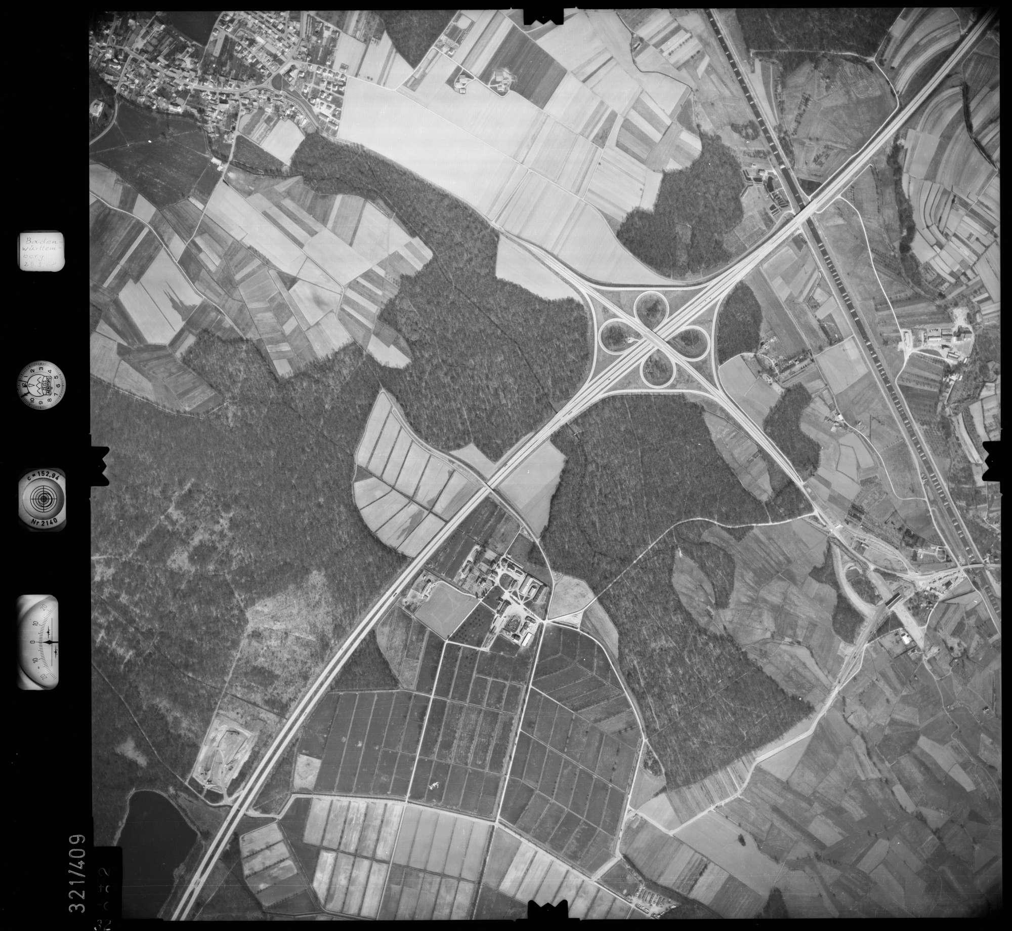 Luftbild: Film 54 Bildnr. 32, Bild 1