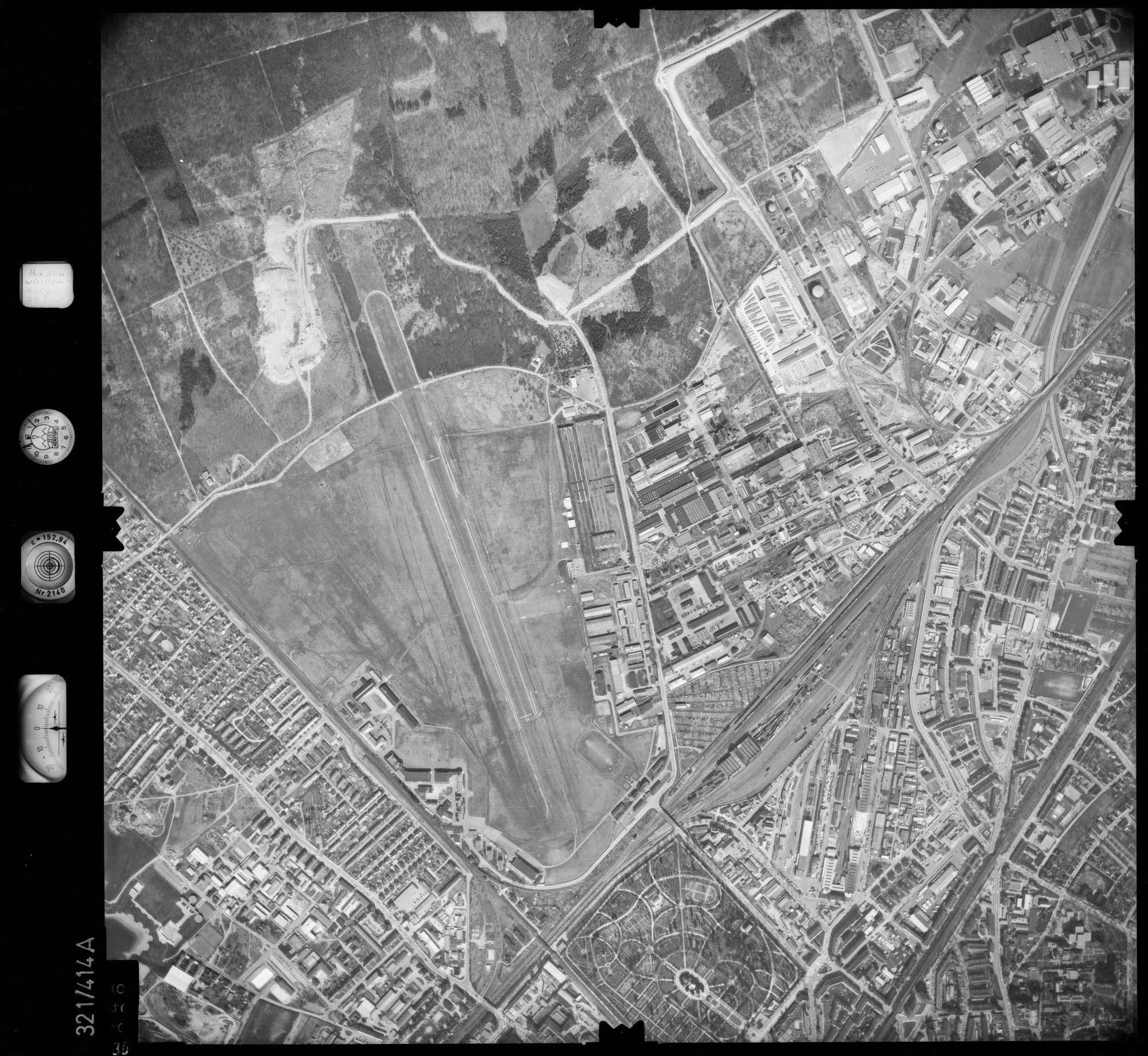 Luftbild: Film 54 Bildnr. 36, Bild 1