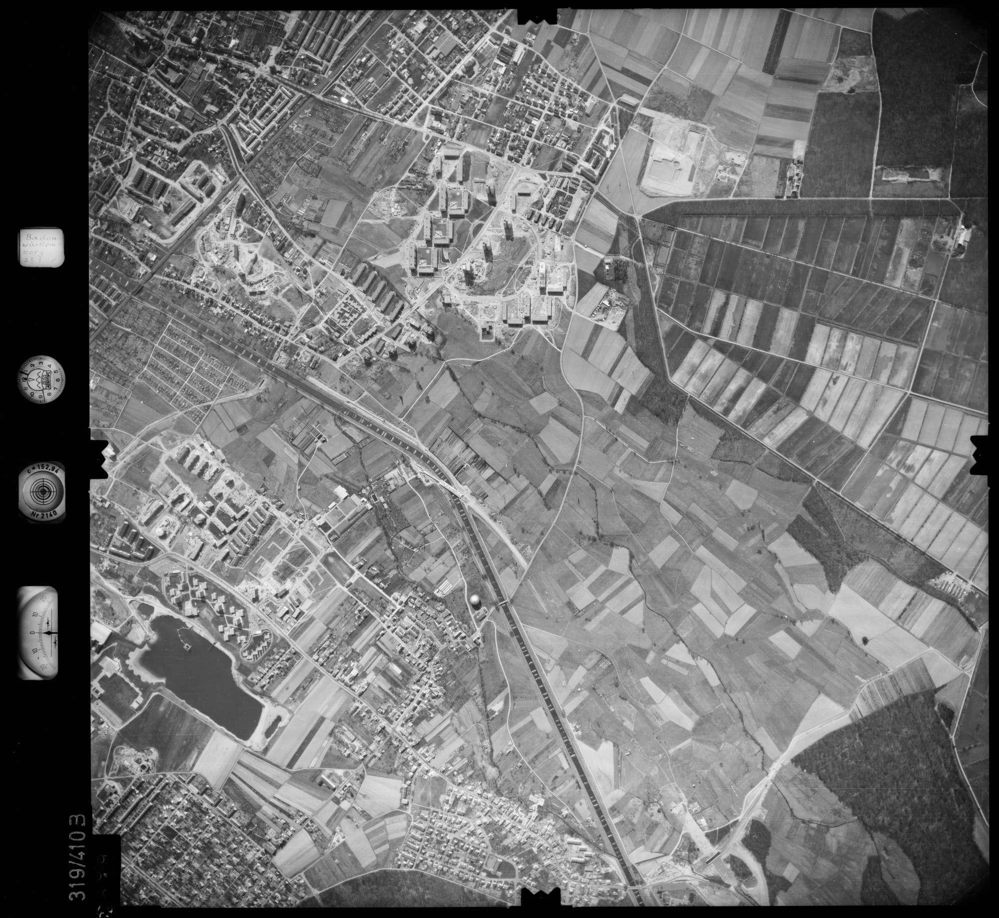Luftbild: Film 54 Bildnr. 49, Bild 1