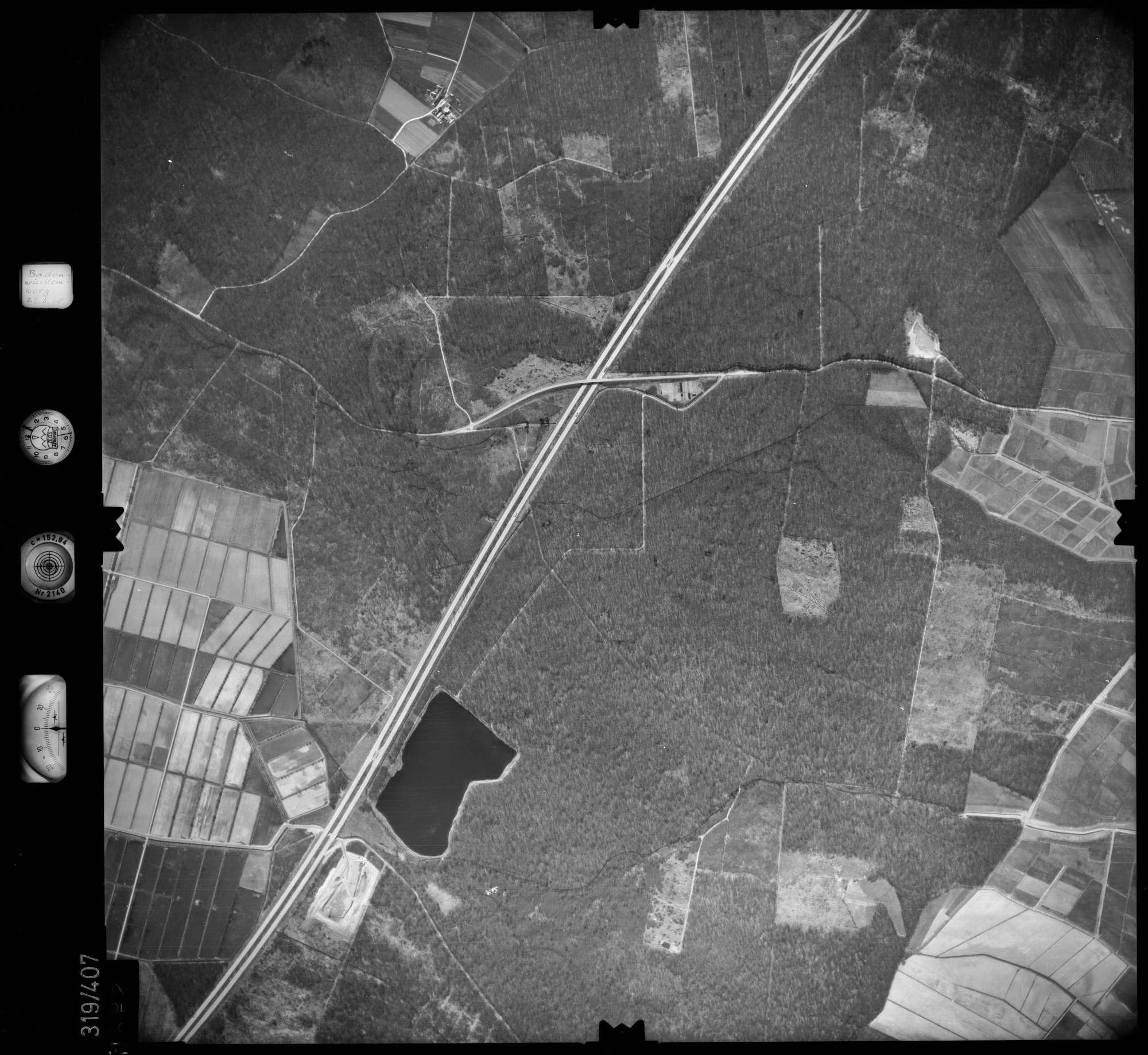 Luftbild: Film 54 Bildnr. 52, Bild 1