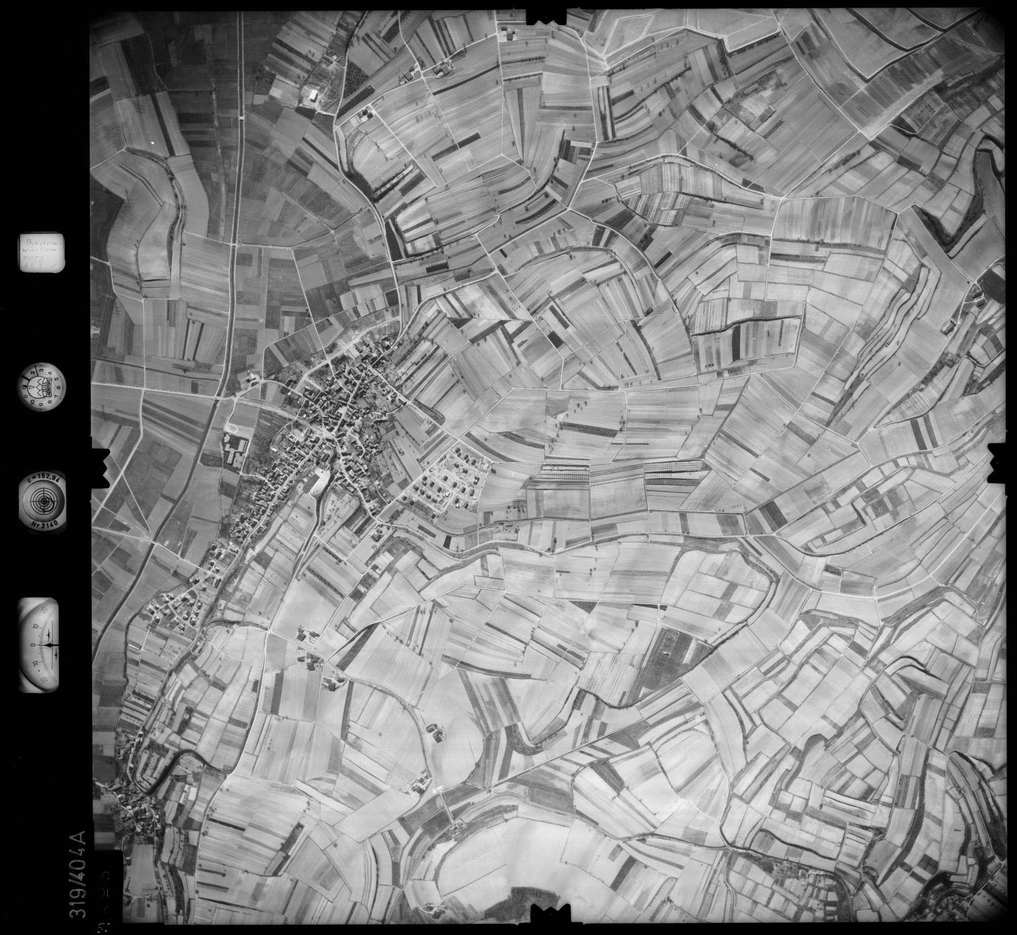 Luftbild: Film 54 Bildnr. 55, Bild 1