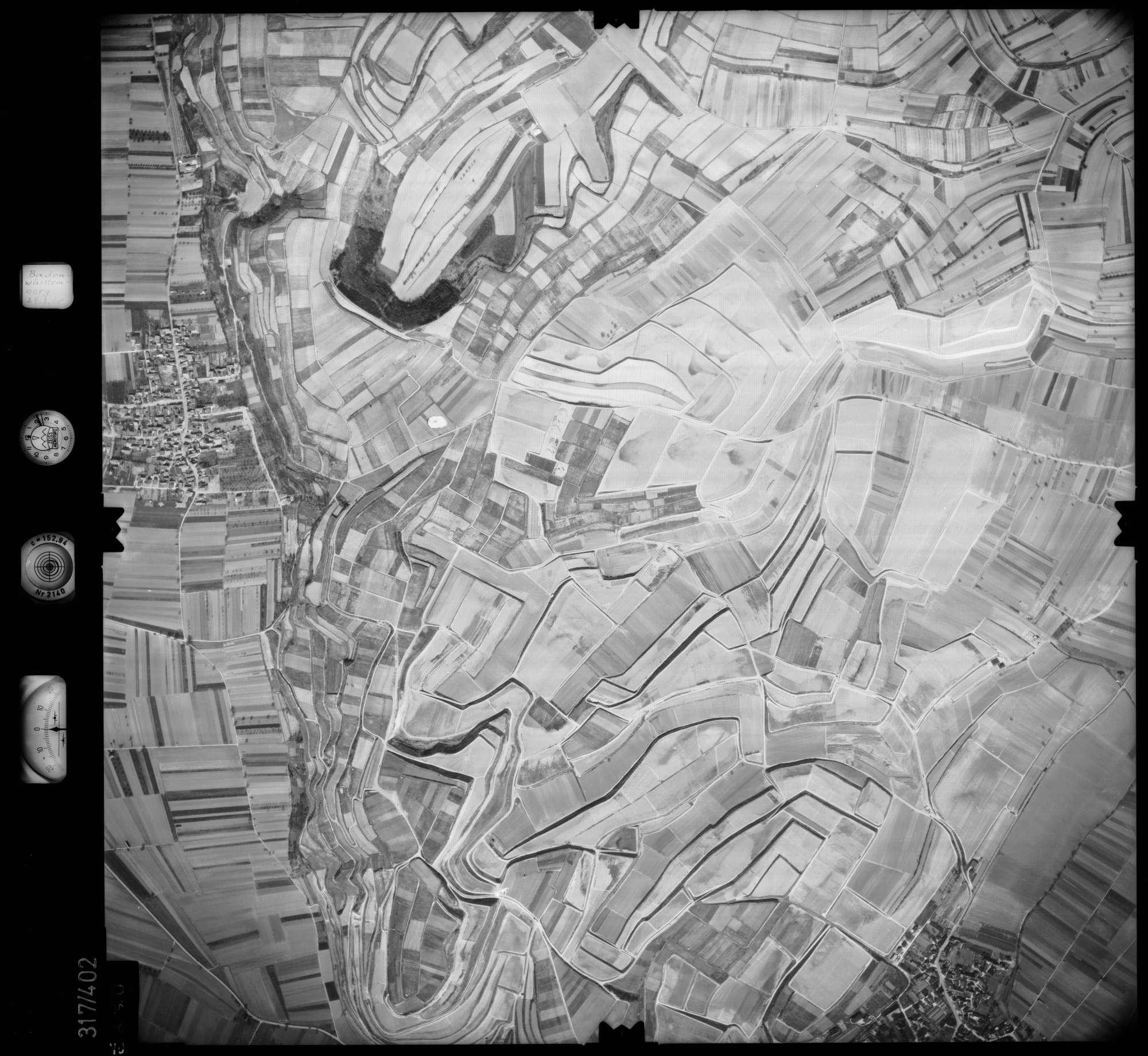 Luftbild: Film 54 Bildnr. 70, Bild 1