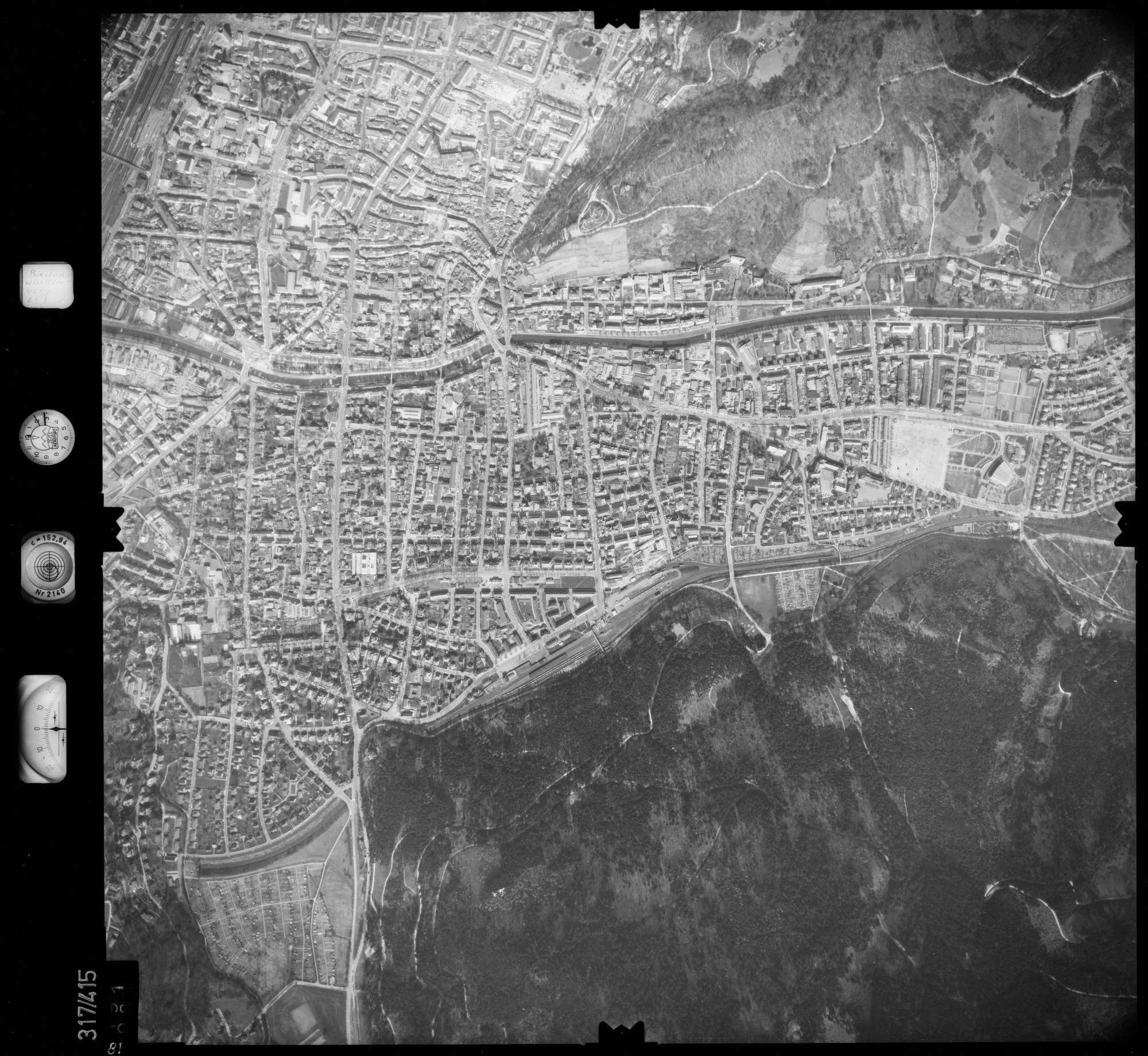 Luftbild: Film 54 Bildnr. 81, Bild 1