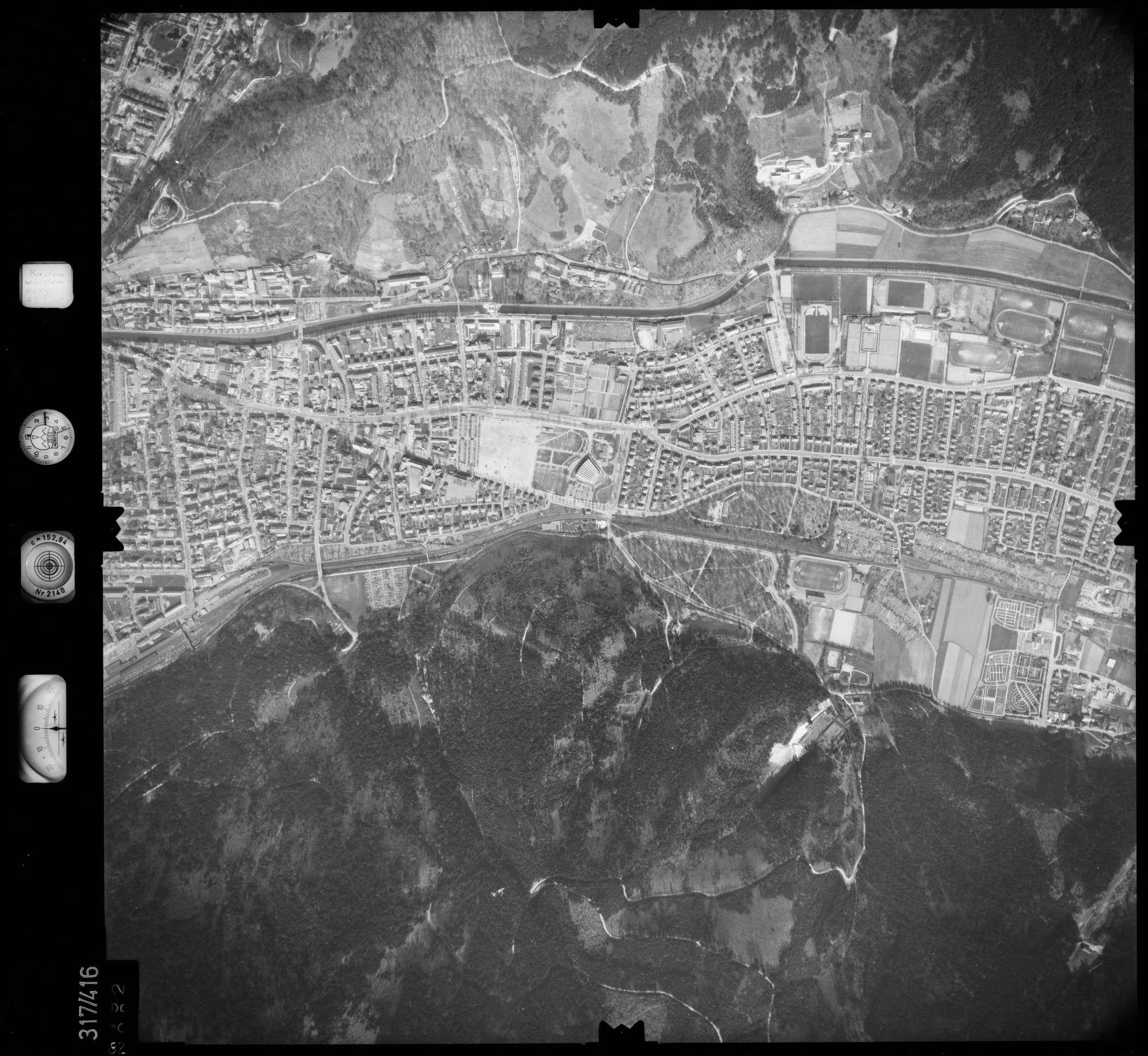Luftbild: Film 54 Bildnr. 82, Bild 1