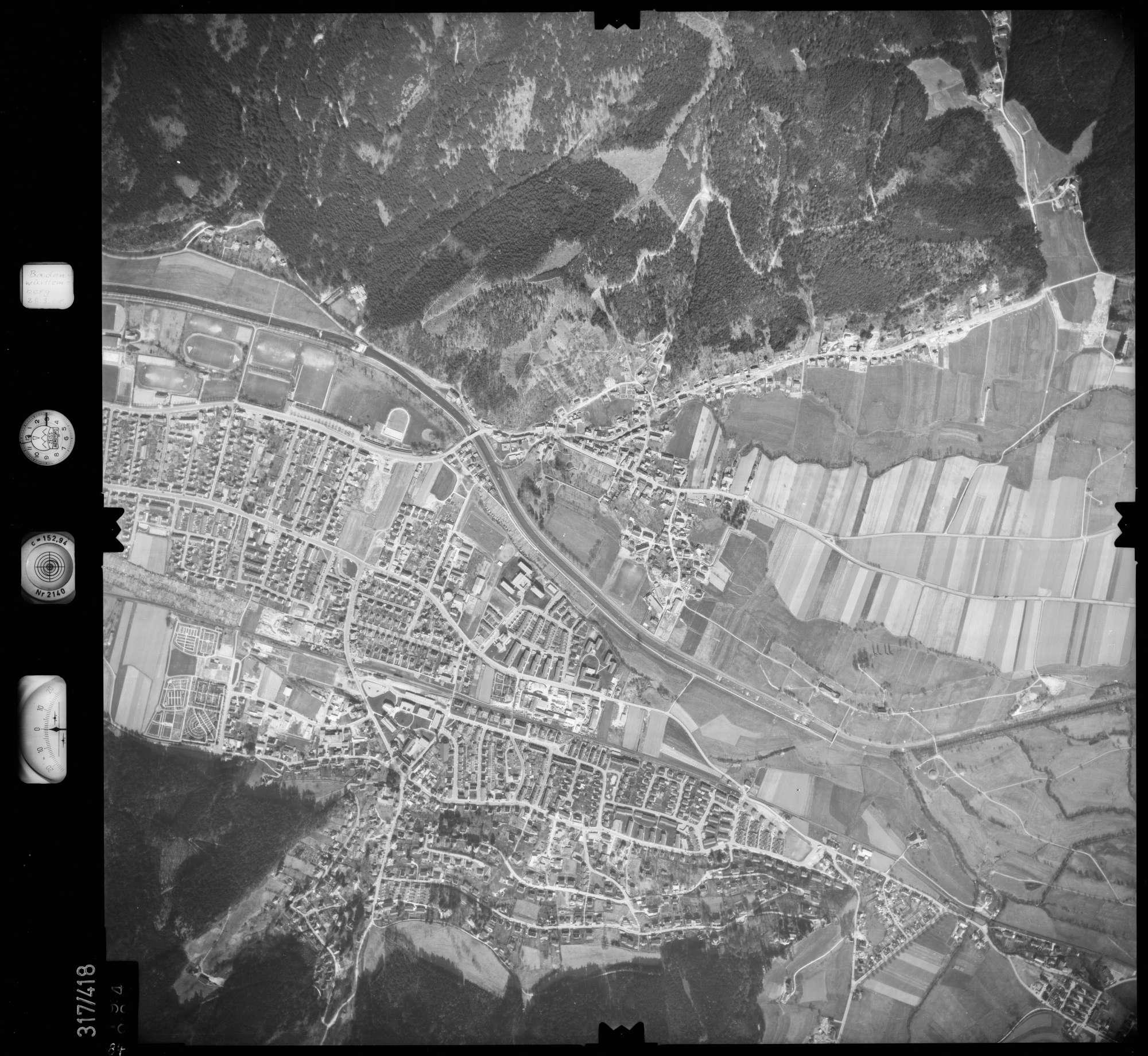 Luftbild: Film 54 Bildnr. 84, Bild 1