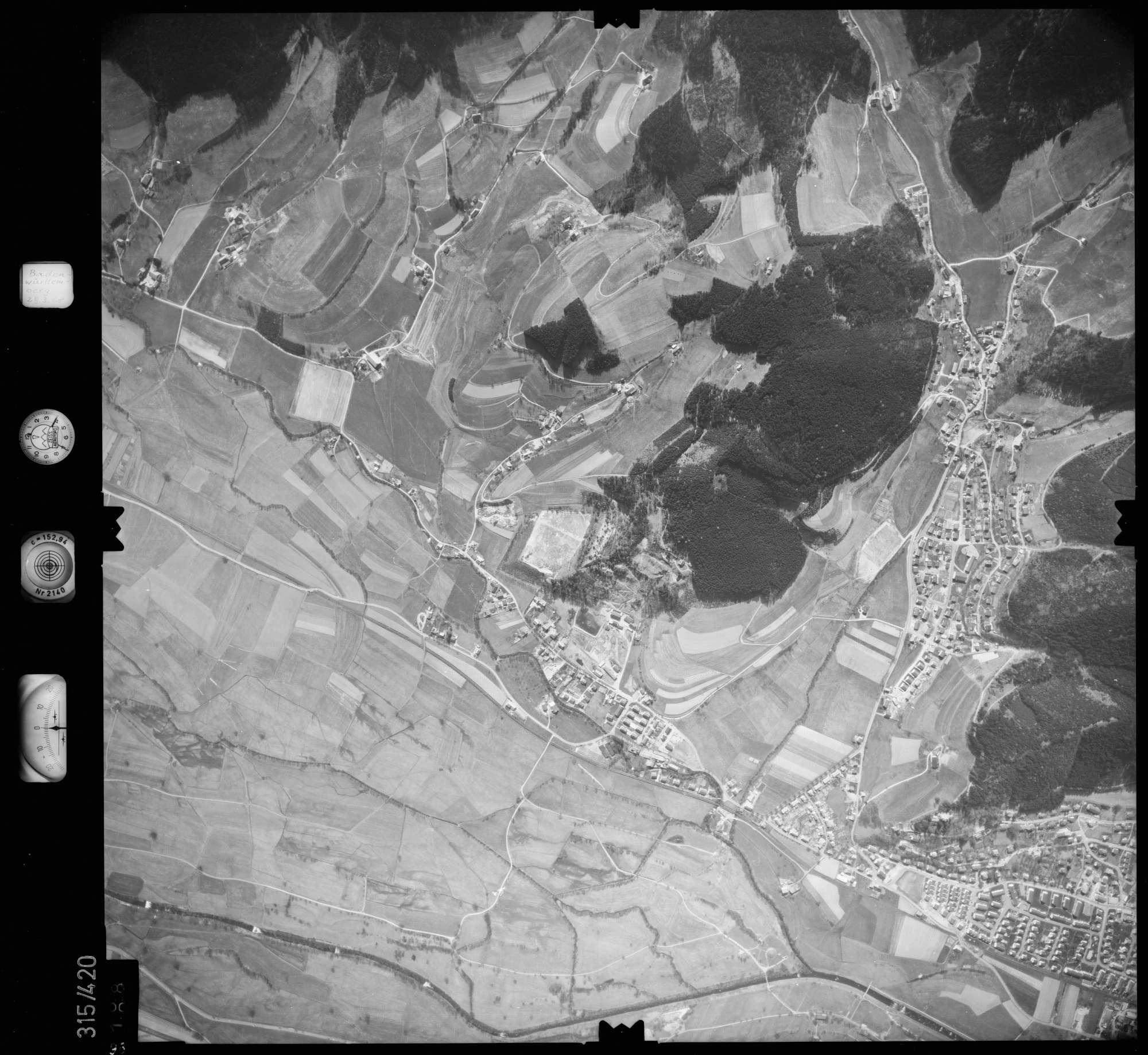 Luftbild: Film 54 Bildnr. 98, Bild 1