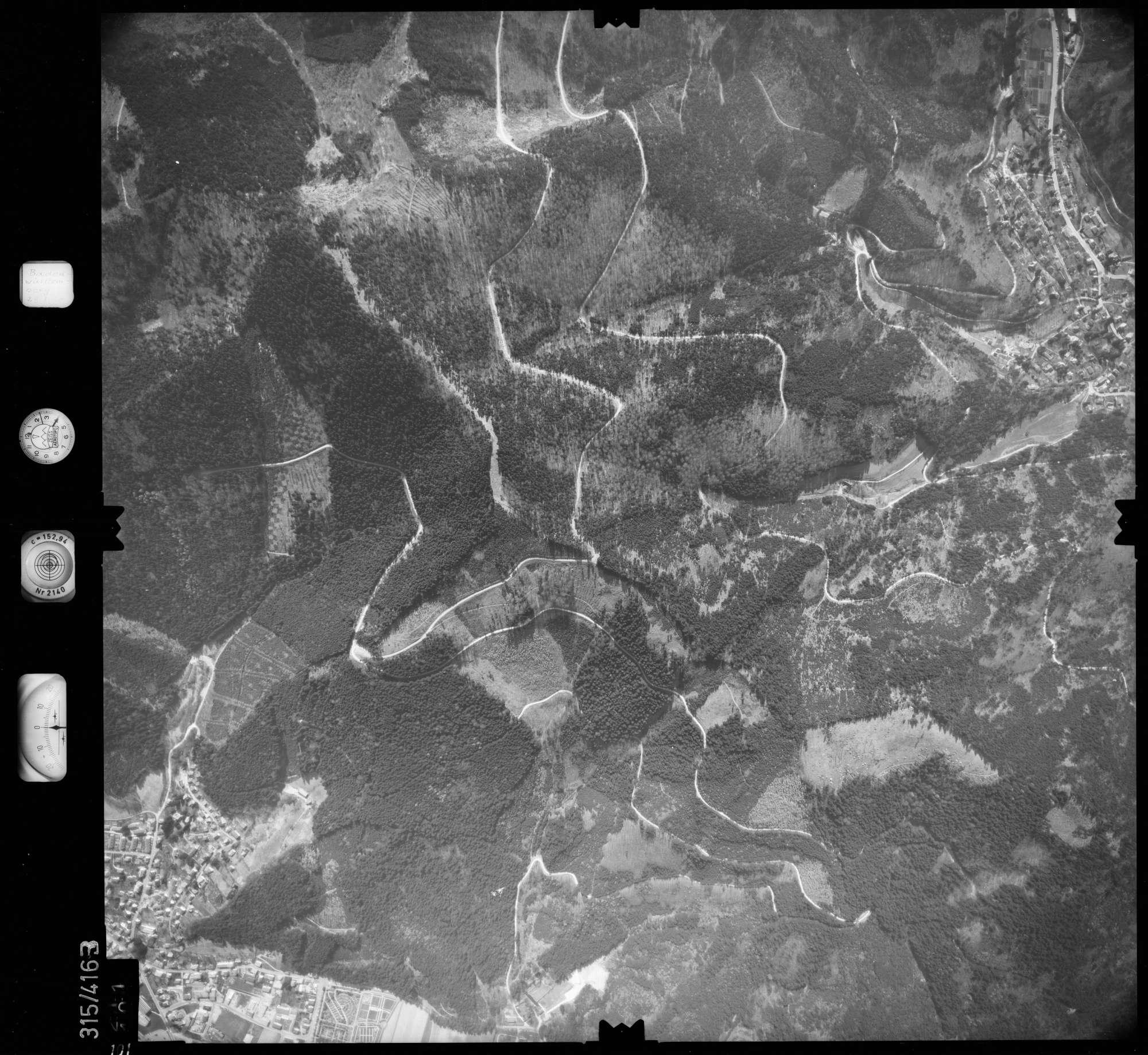 Luftbild: Film 54 Bildnr. 101, Bild 1