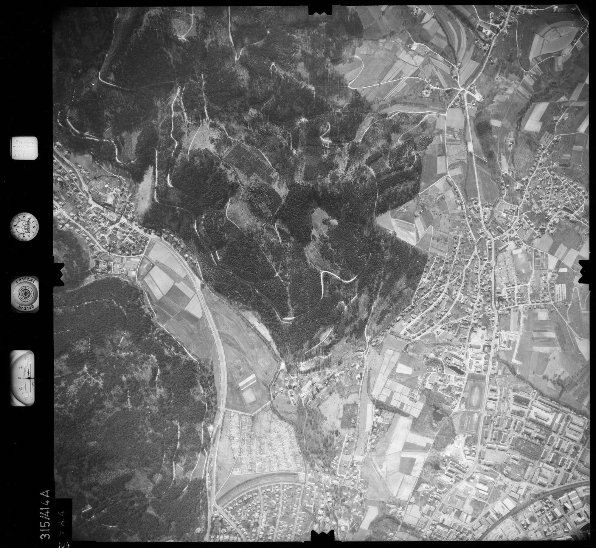 Luftbild: Film 54 Bildnr. 104, Bild 1