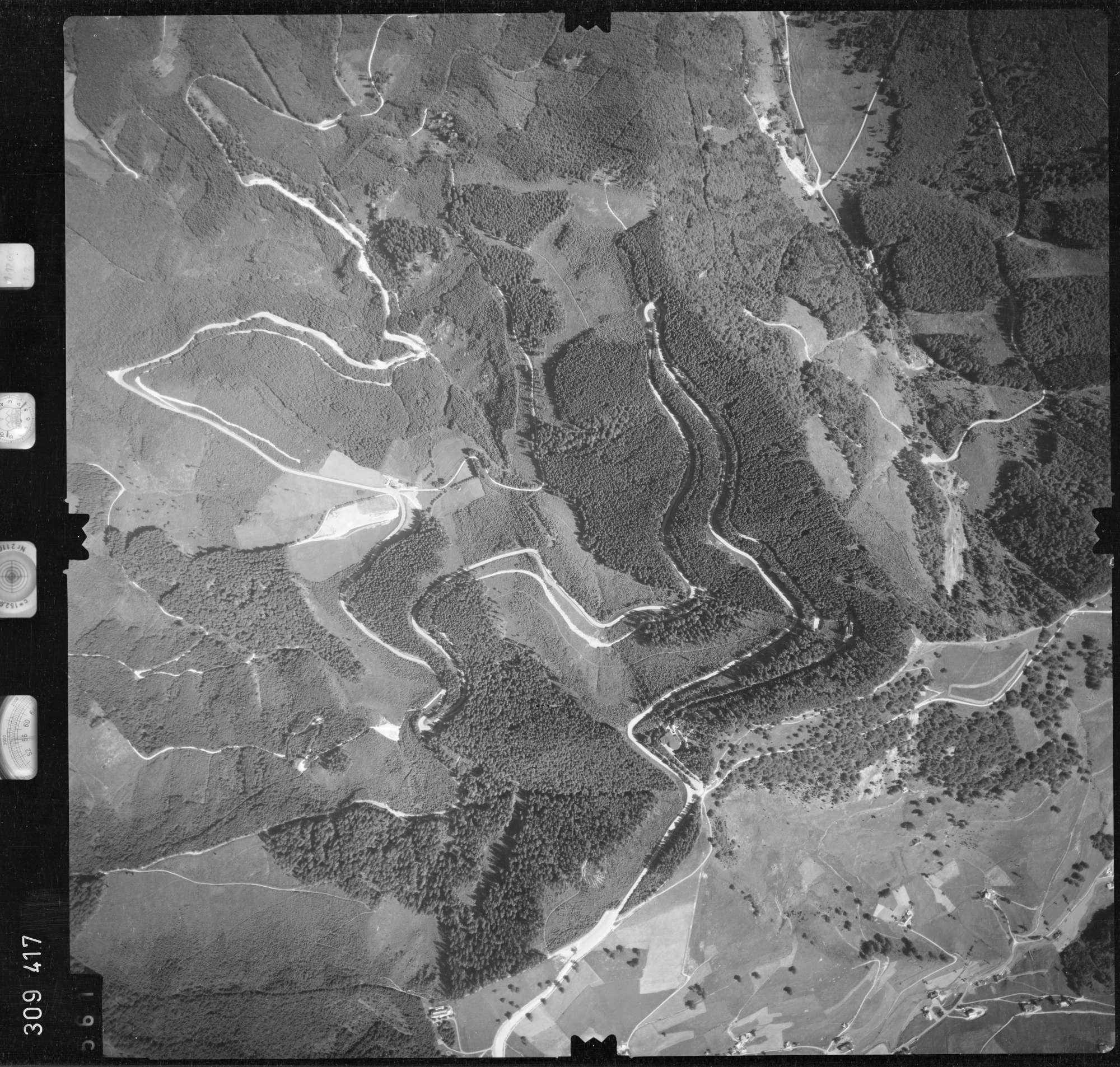 Luftbild: Film 56 Bildnr. 561, Bild 1