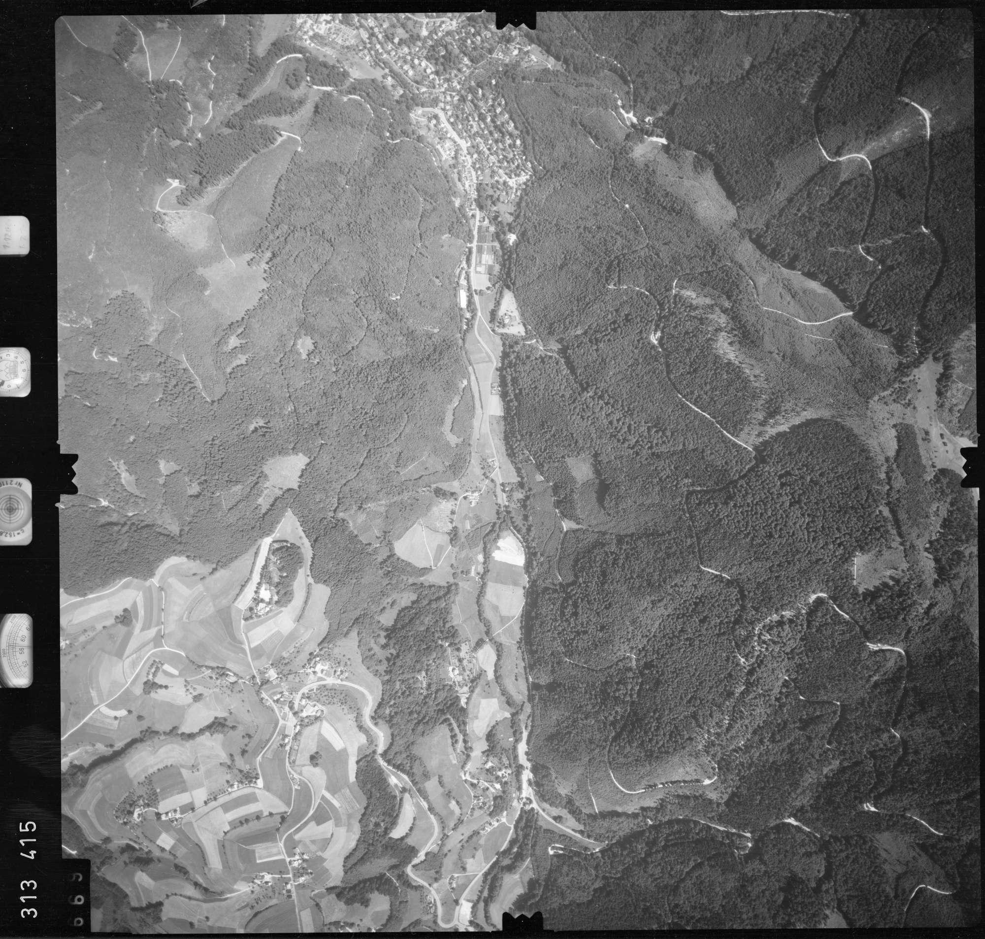 Luftbild: Film 56 Bildnr. 669, Bild 1