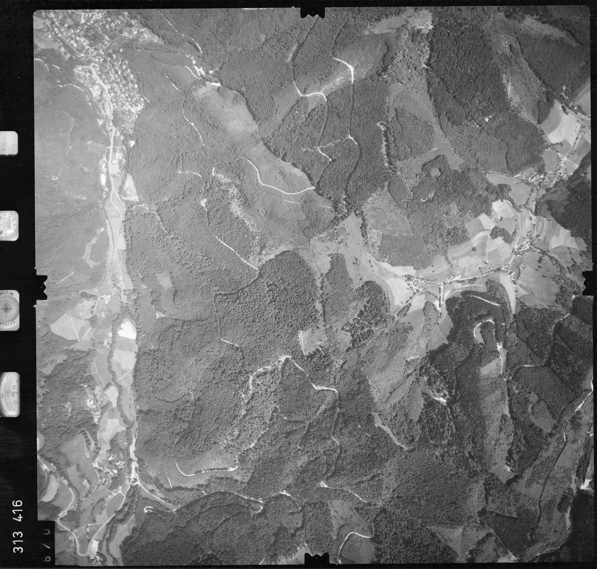 Luftbild: Film 56 Bildnr. 670, Bild 1