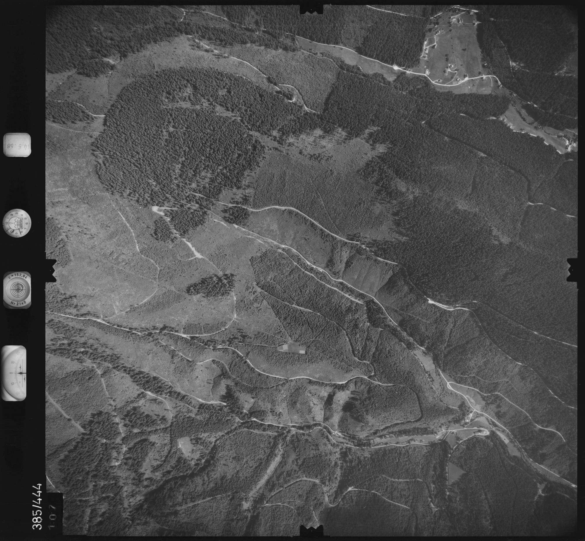 Luftbild: Film 21 Bildnr. 107, Bild 1