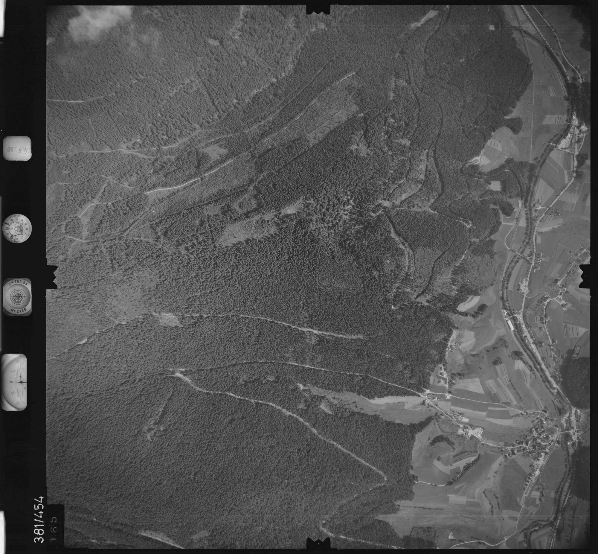 Luftbild: Film 21 Bildnr. 165, Bild 1