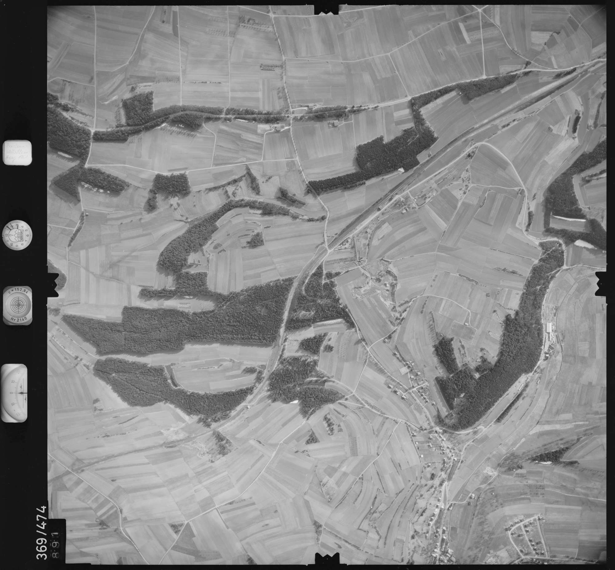 Luftbild: Film 33 Bildnr. 891, Bild 1