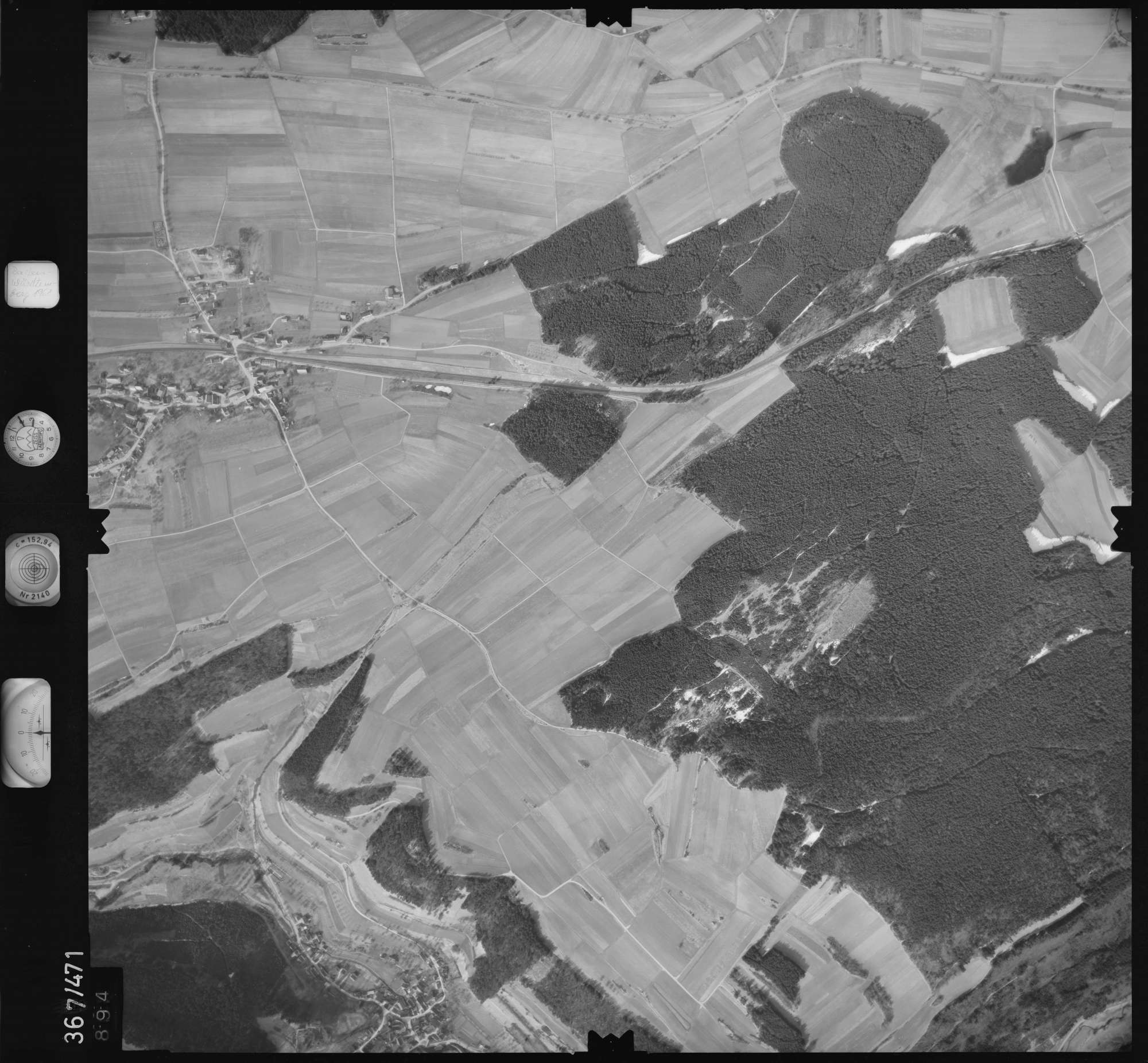 Luftbild: Film 33 Bildnr. 894, Bild 1