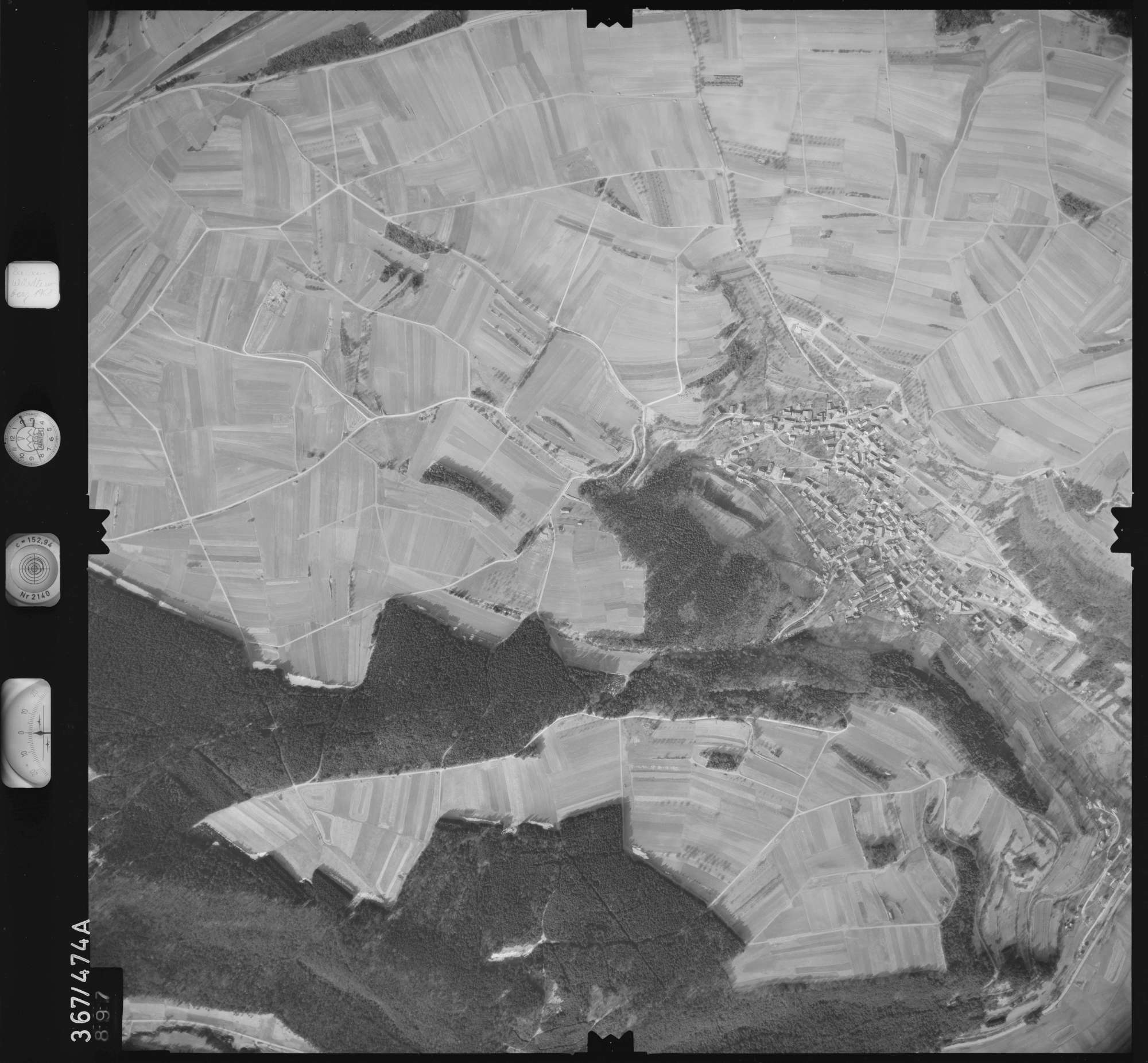 Luftbild: Film 33 Bildnr. 897, Bild 1