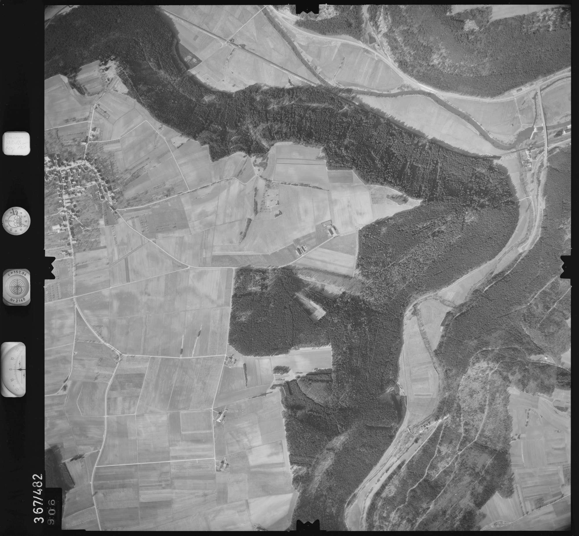 Luftbild: Film 33 Bildnr. 906, Bild 1