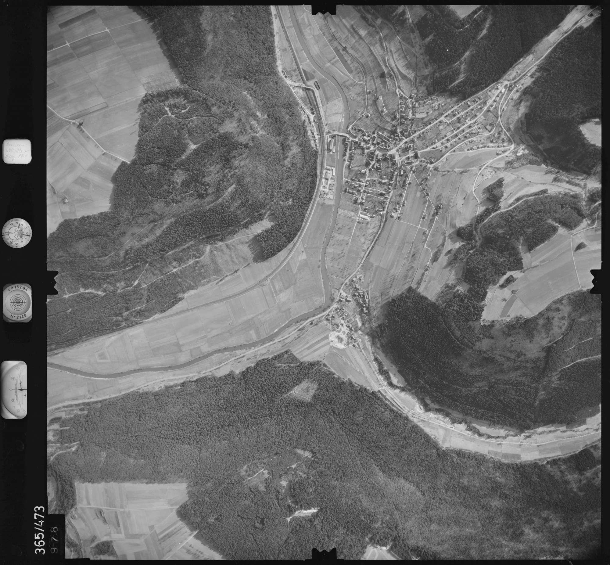 Luftbild: Film 33 Bildnr. 978, Bild 1