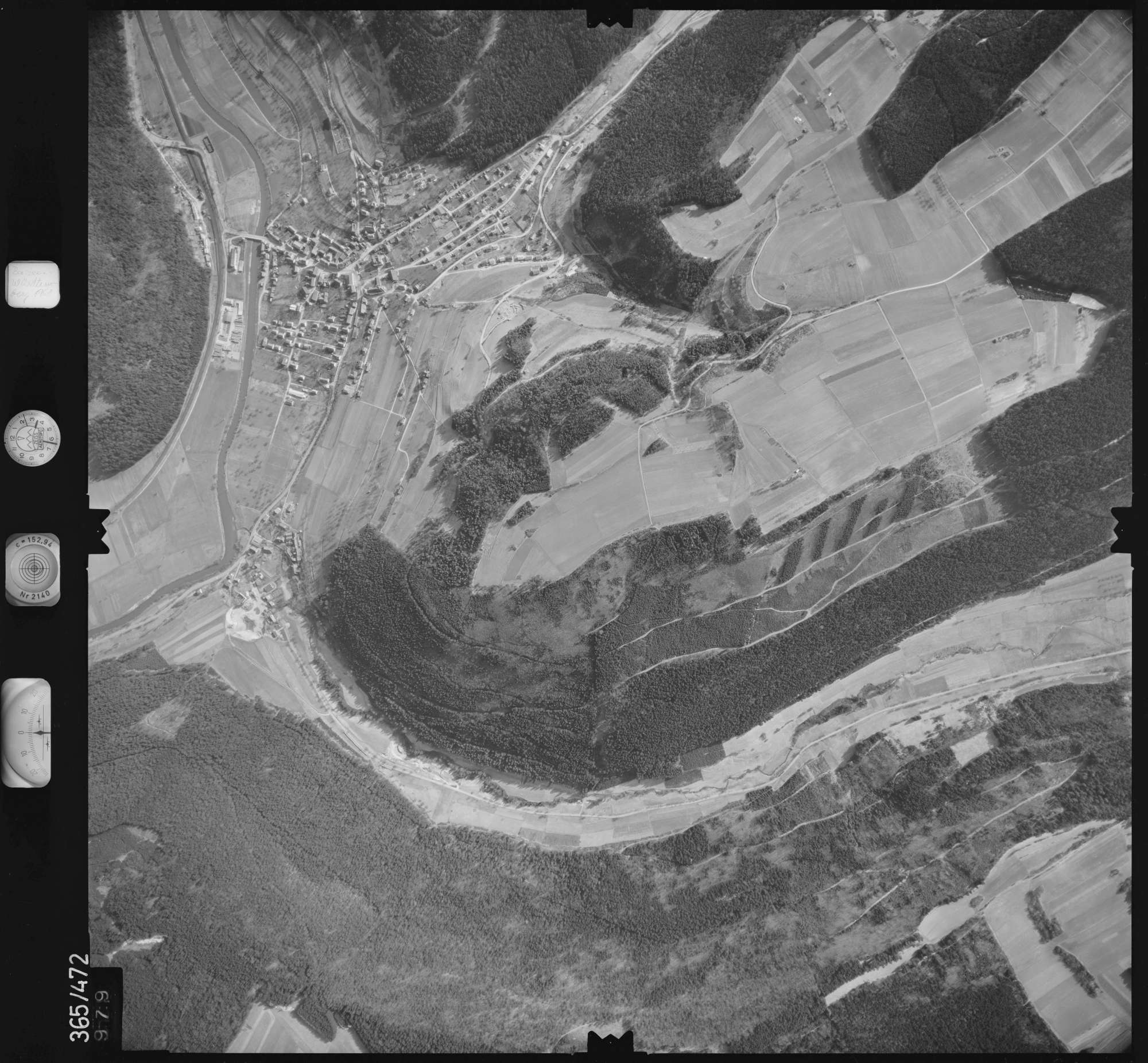 Luftbild: Film 33 Bildnr. 979, Bild 1