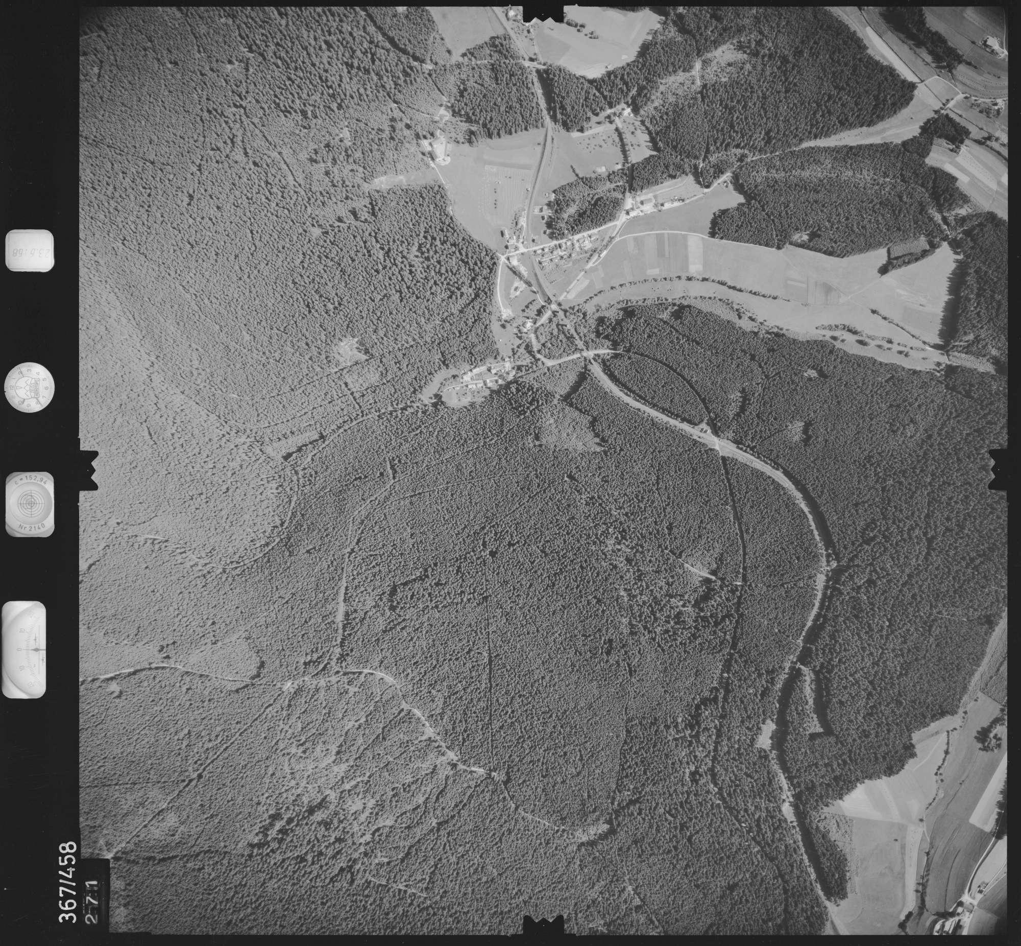 Luftbild: Film 30 Bildnr. 271, Bild 1
