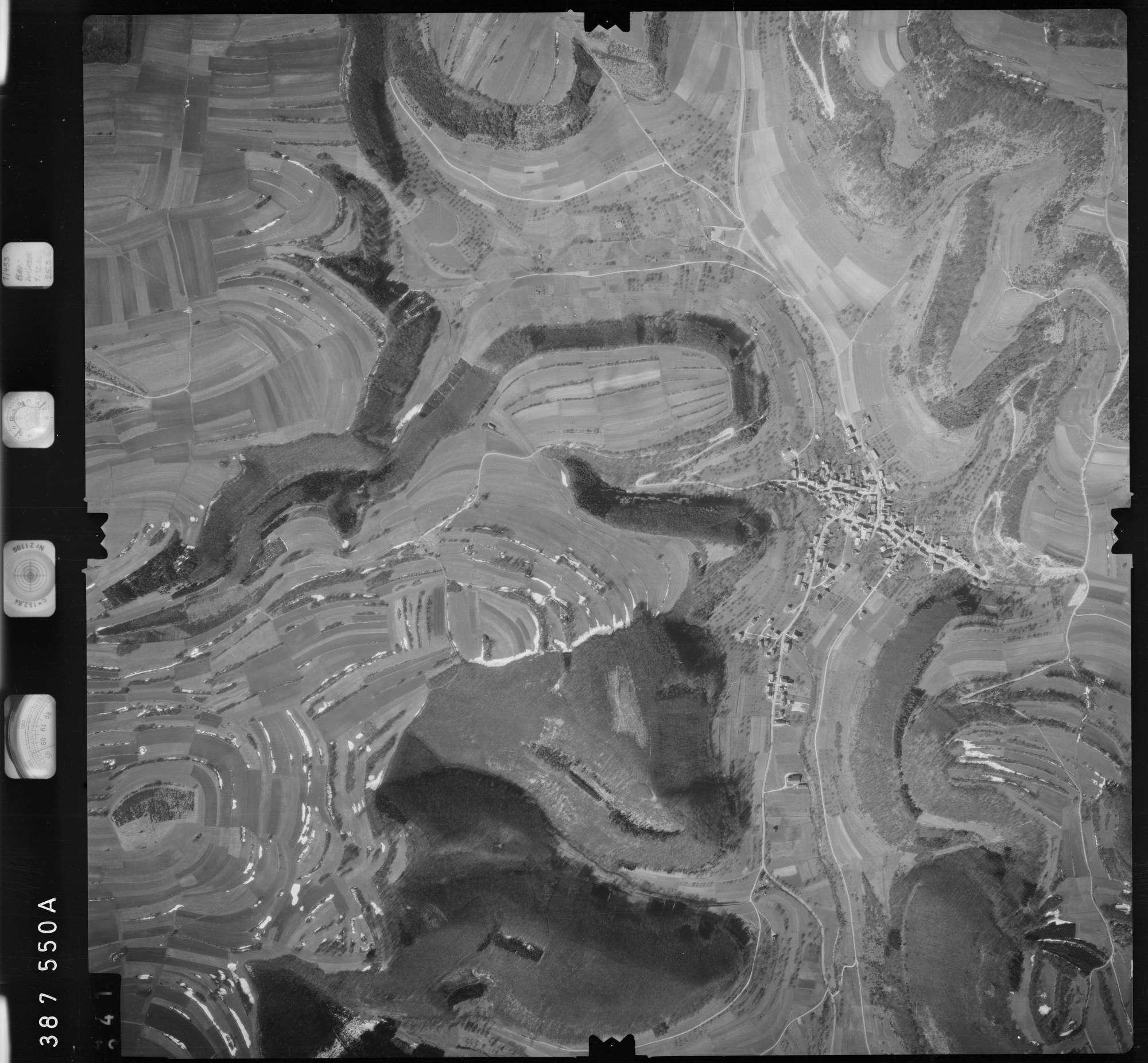 Luftbild: Film 23 Bildnr. 340, Bild 1