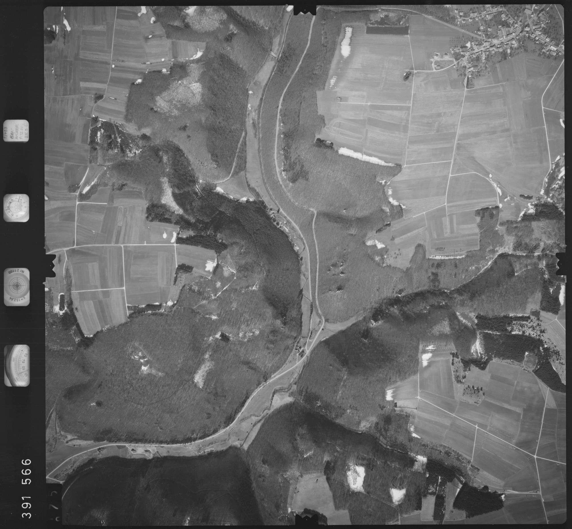 Luftbild: Film 22 Bildnr. 75, Bild 1