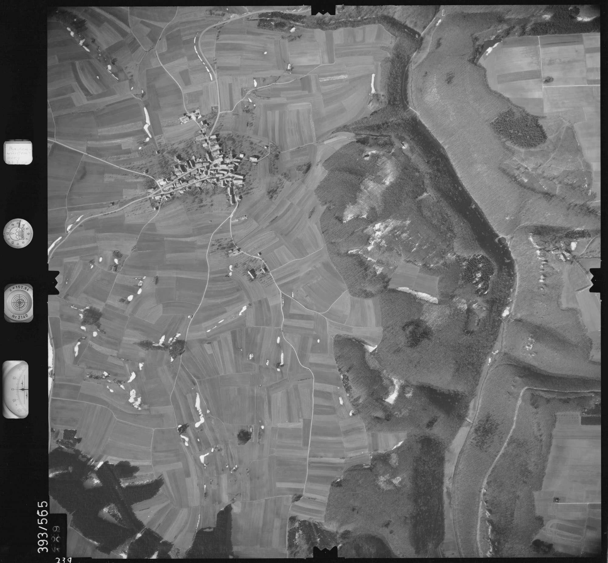 Luftbild: Film 24 Bildnr. 239, Bild 1