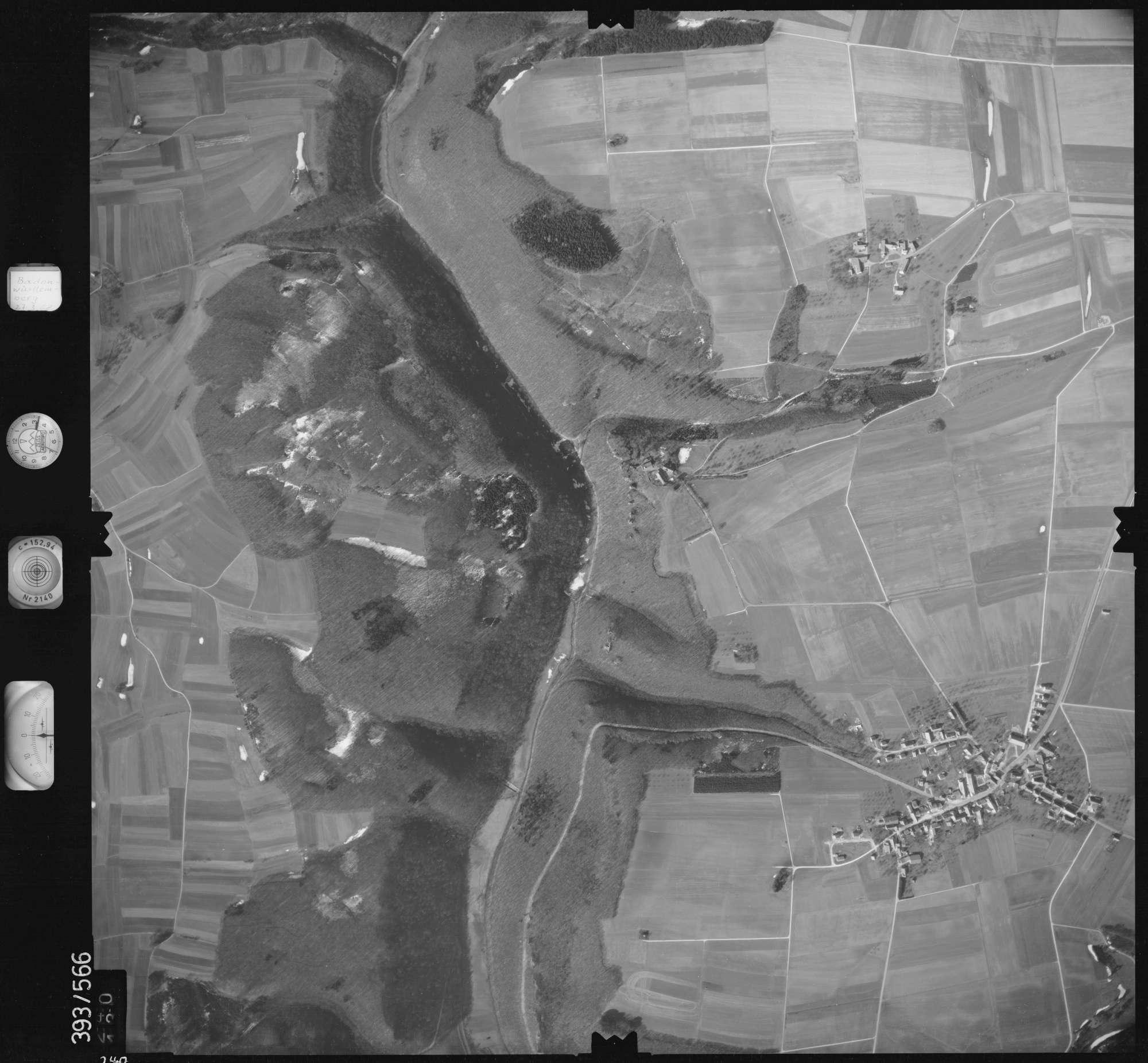 Luftbild: Film 24 Bildnr. 240, Bild 1