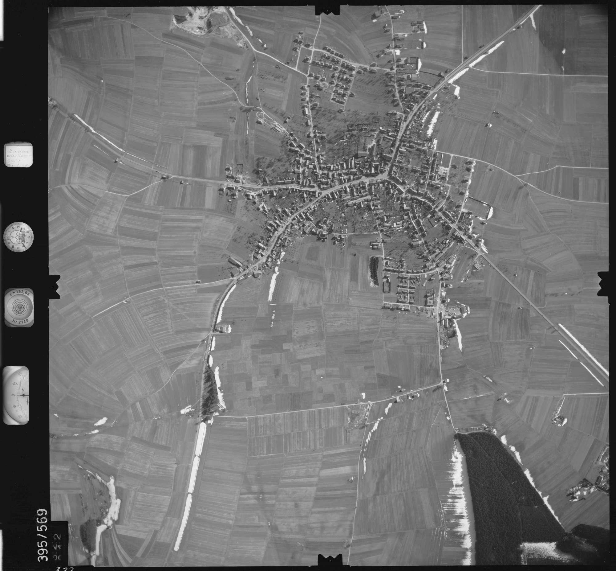 Luftbild: Film 24 Bildnr. 322, Bild 1