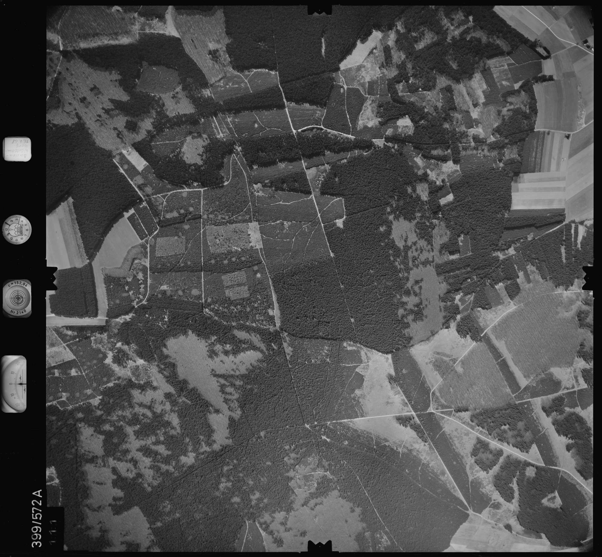 Luftbild: Film 32 Bildnr. 111, Bild 1