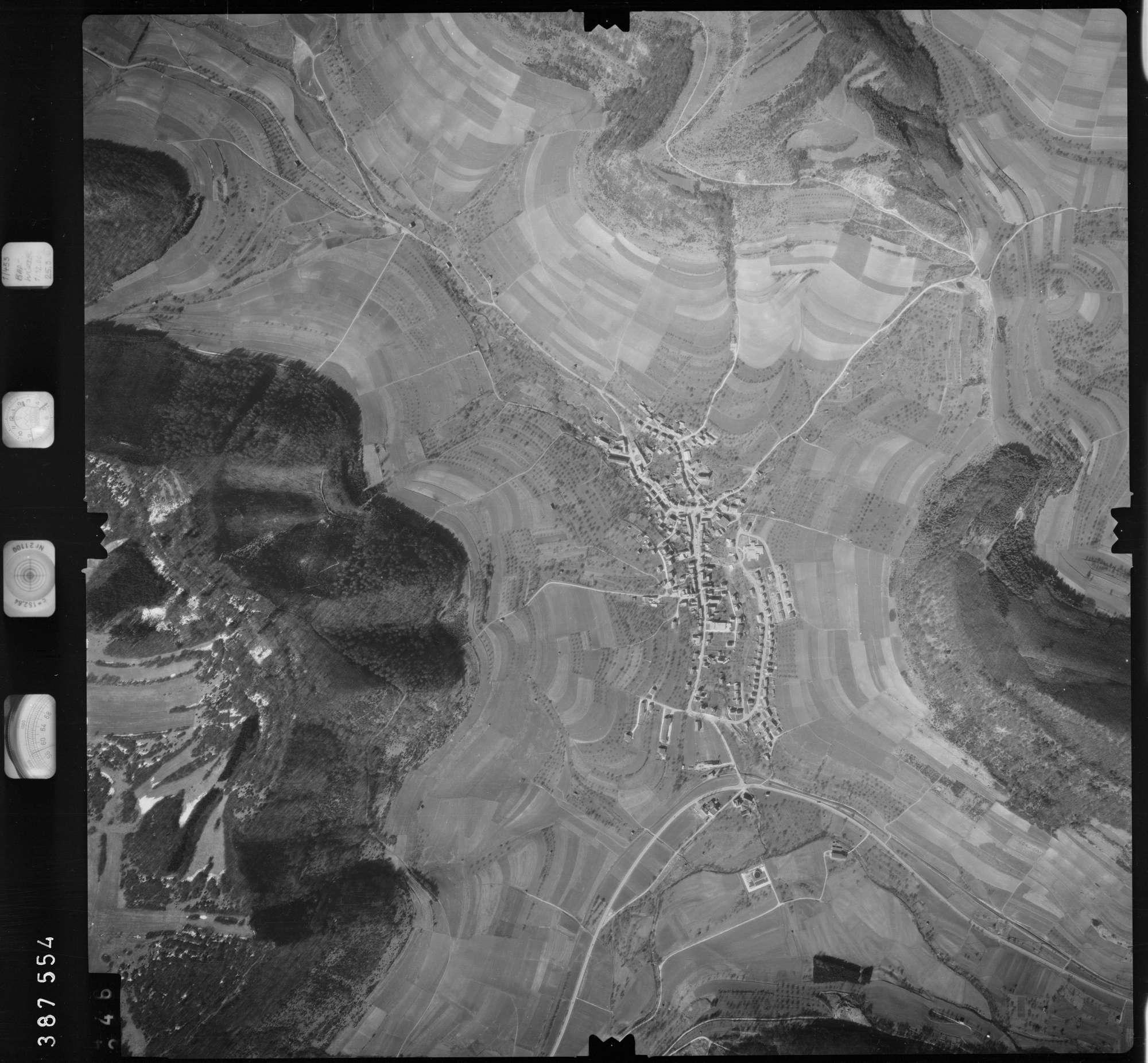 Luftbild: Film 23 Bildnr. 345, Bild 1