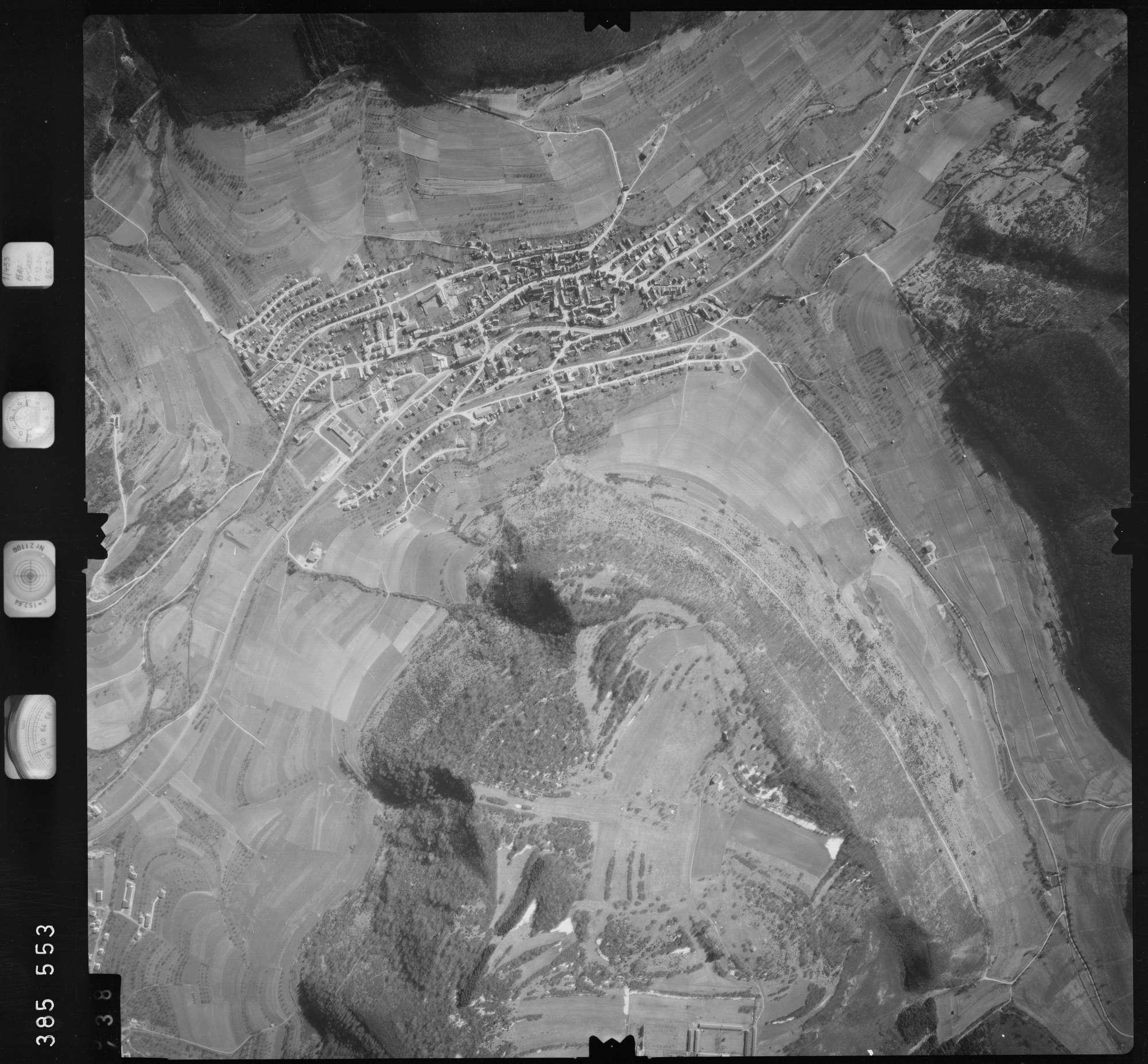 Luftbild: Film 23 Bildnr. 437, Bild 1