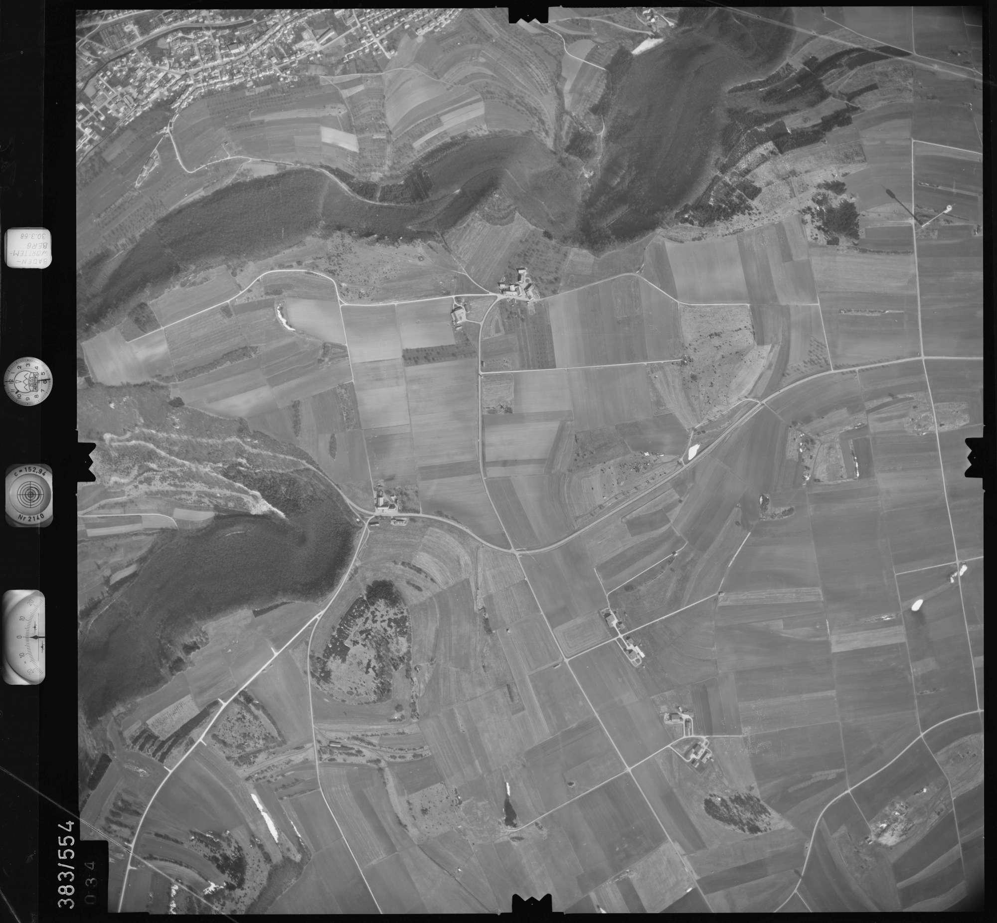 Luftbild: Film 27 Bildnr. 34, Bild 1