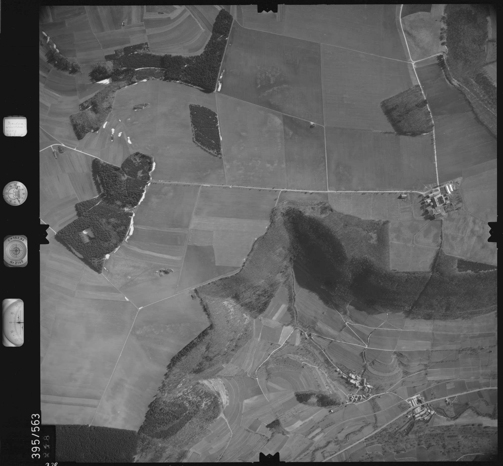 Luftbild: Film 24 Bildnr. 328, Bild 1
