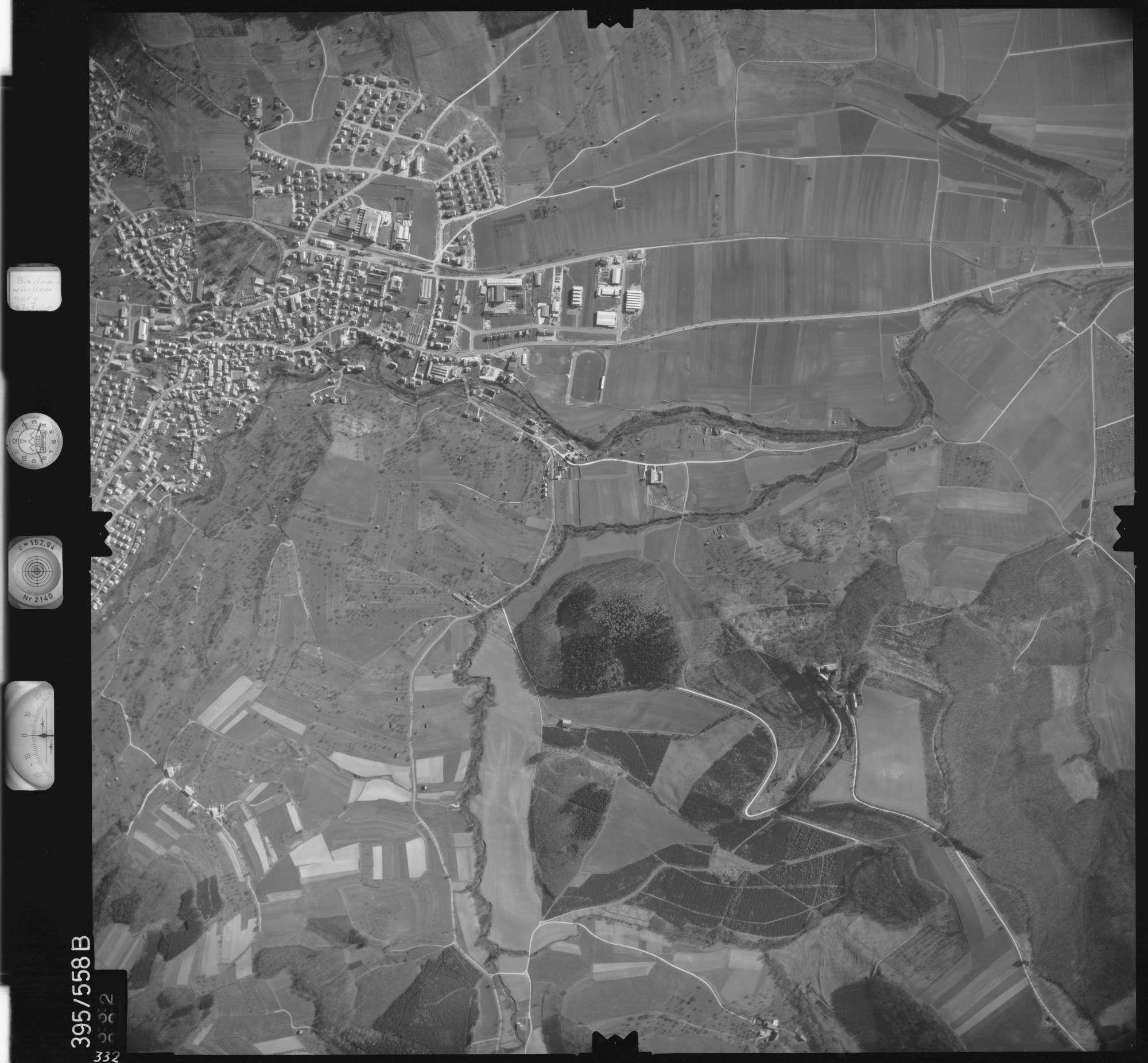 Luftbild: Film 24 Bildnr. 332, Bild 1