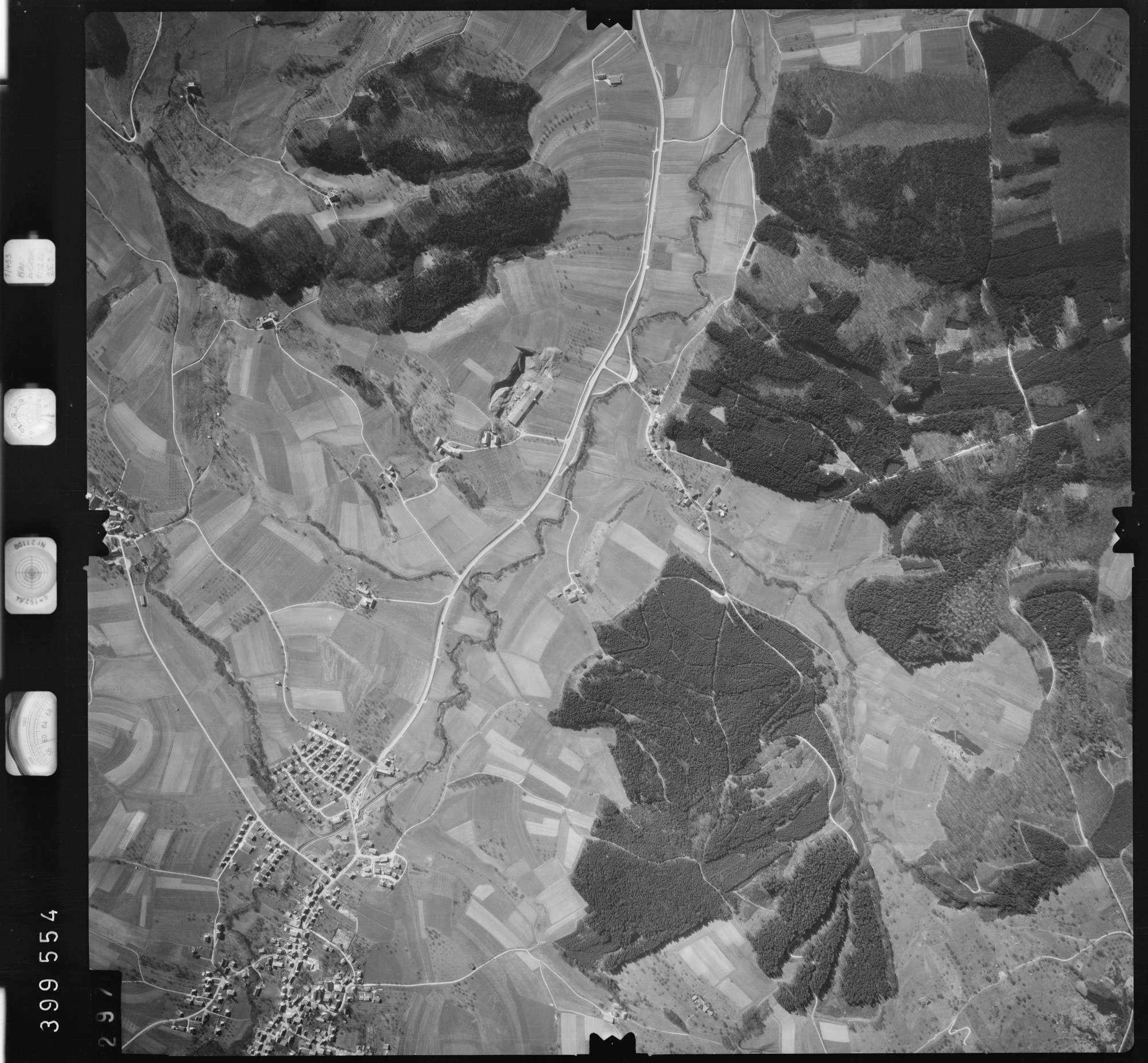 Luftbild: Film 13 Bildnr. 297, Bild 1