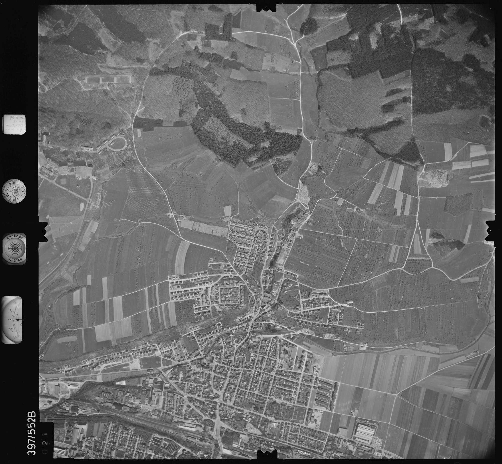Luftbild: Film 32 Bildnr. 21, Bild 1