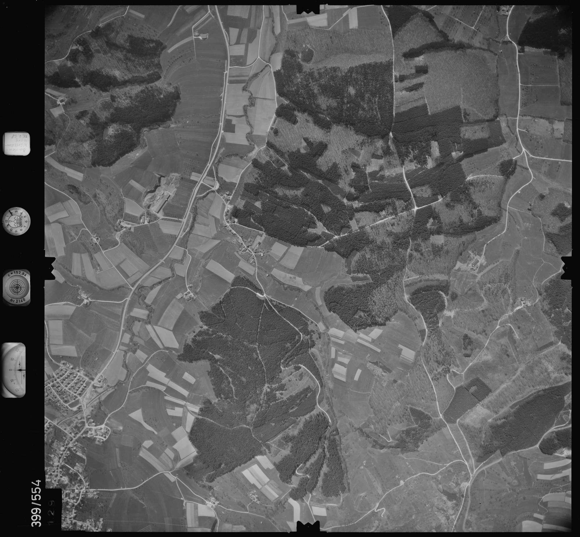 Luftbild: Film 32 Bildnr. 129, Bild 1