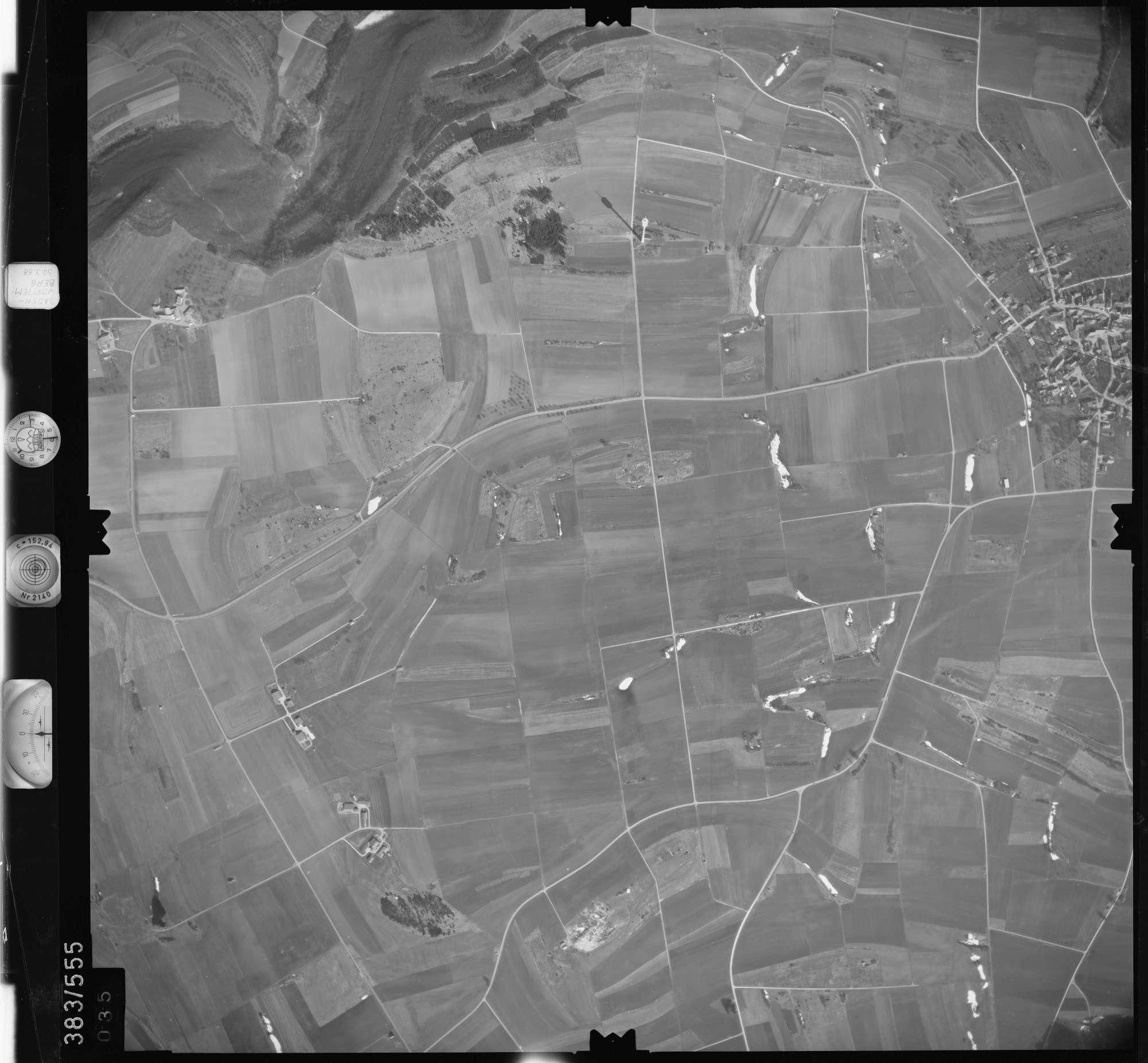 Luftbild: Film 27 Bildnr. 35, Bild 1